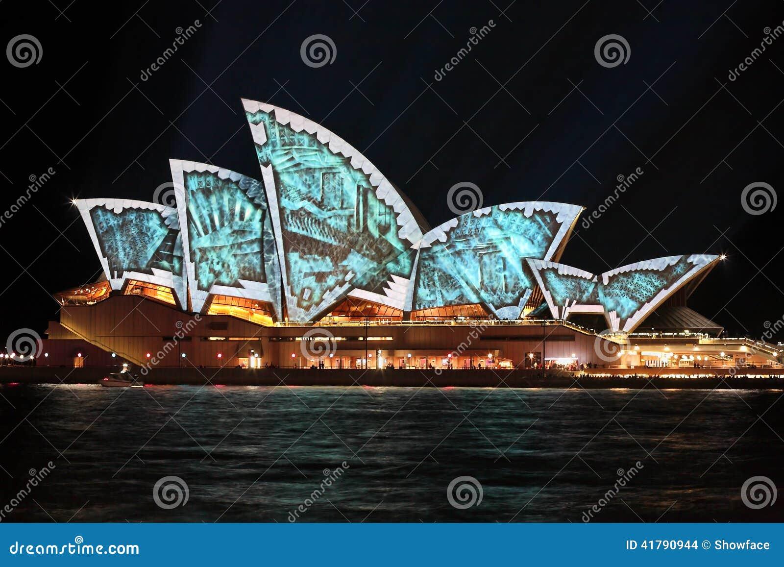 Bild Des Jahres Bei Wikimedia Phantastische Bilder besides Earth Full View additionally I0000dCHe moreover 3532 likewise Orange Fruit. on sydney opera house design orange