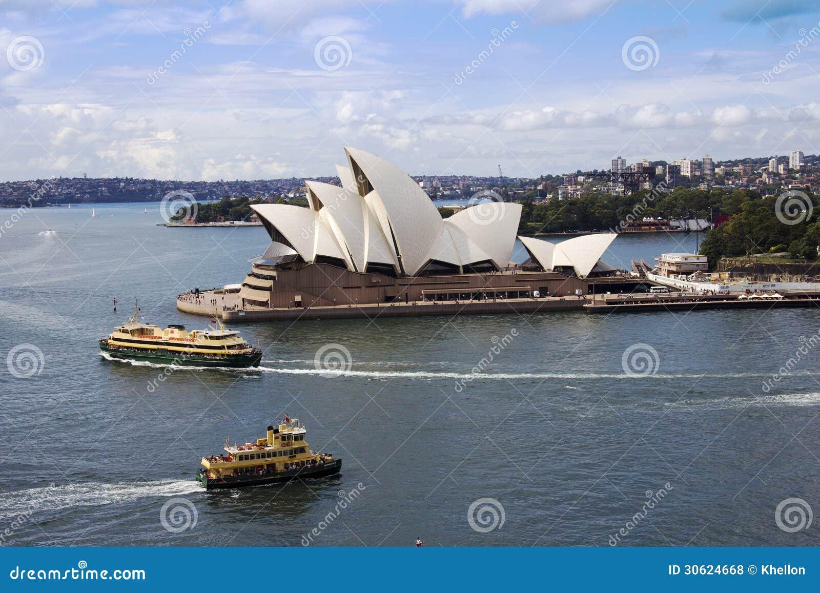 Sydney Opera hus och färjor