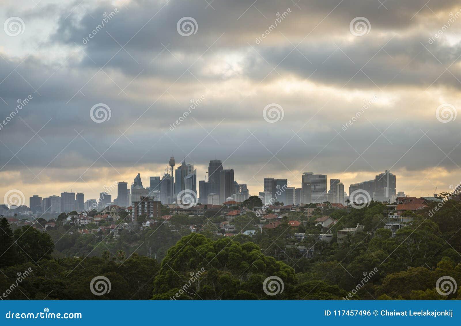 Sydney stad under solnedgång