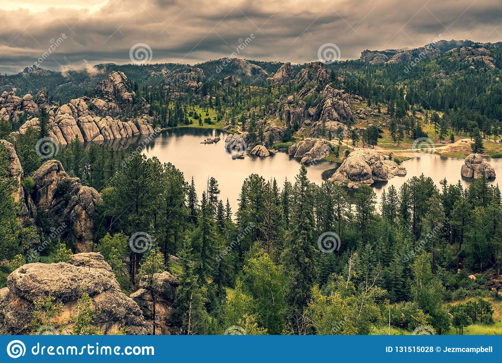 Sylvan Lake en omringend bos, Zuid-Dakota