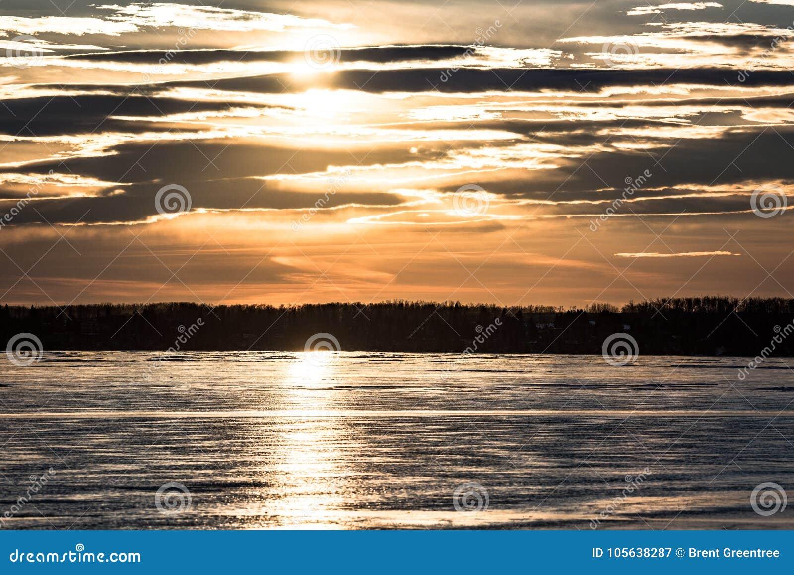 Sylvan Lake Sunset Over The-Ijs