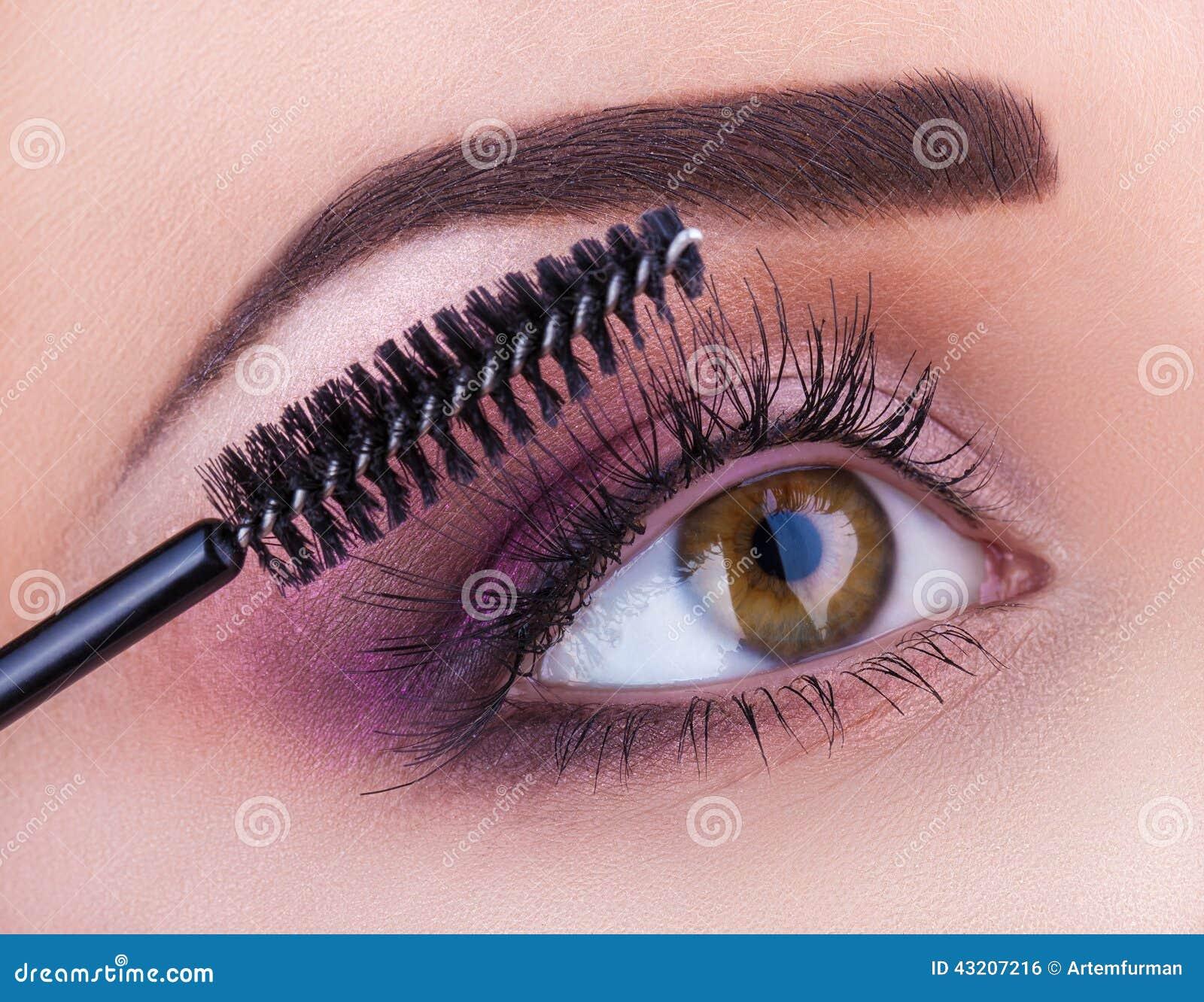 Download Syna Makeup arkivfoto. Bild av framsida, naturligt, cosmetic - 43207216