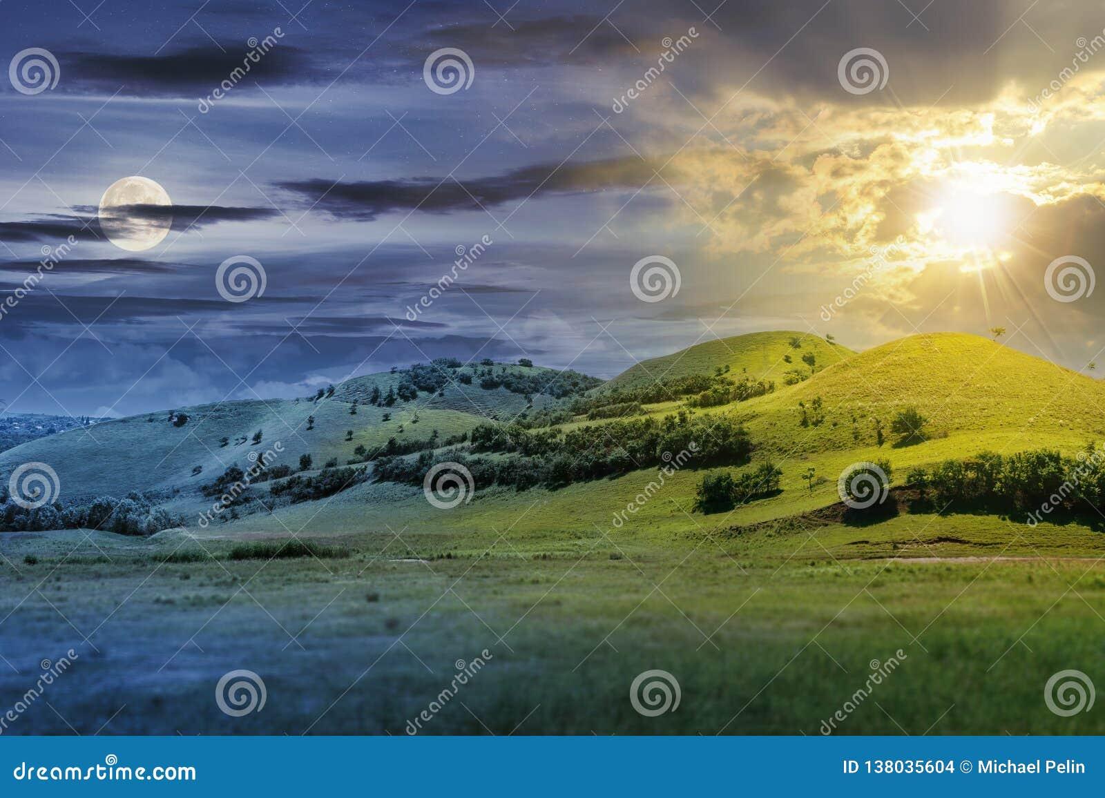Synchronizuje zmianę nad trzy wzgórza w lato krajobrazie