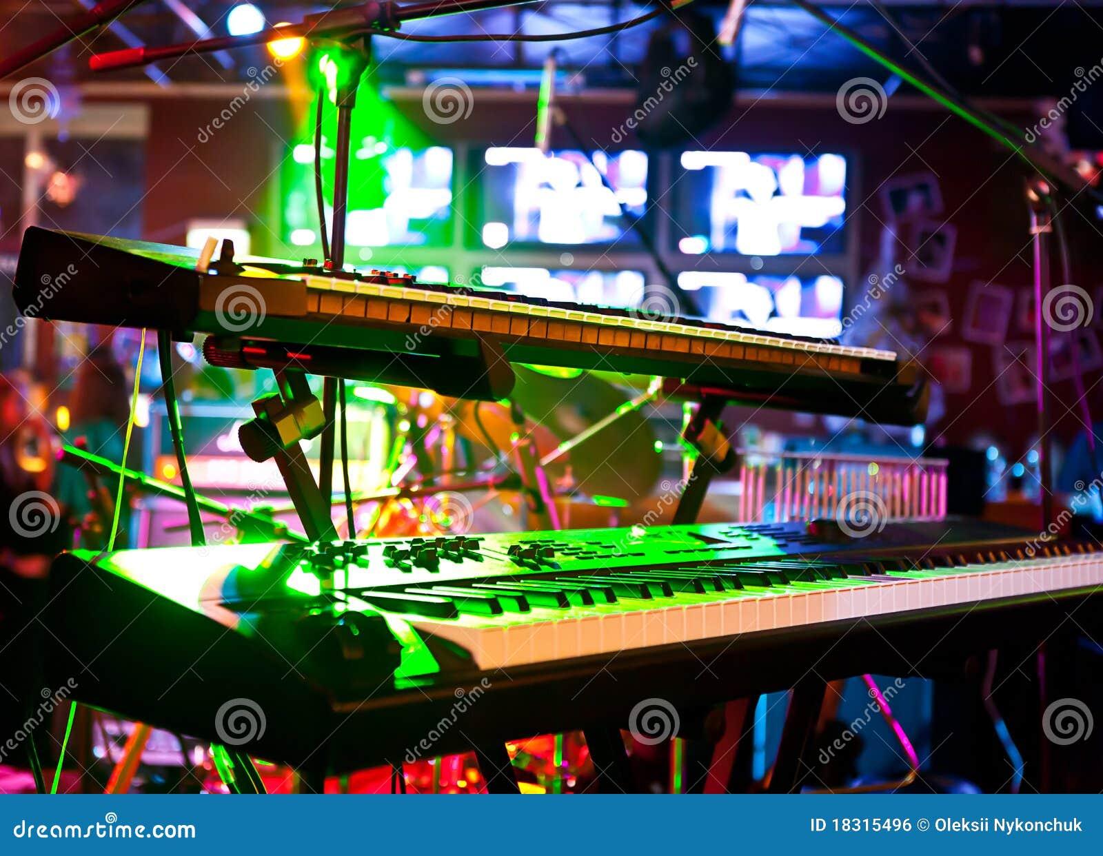 Synthesizer in verlichting