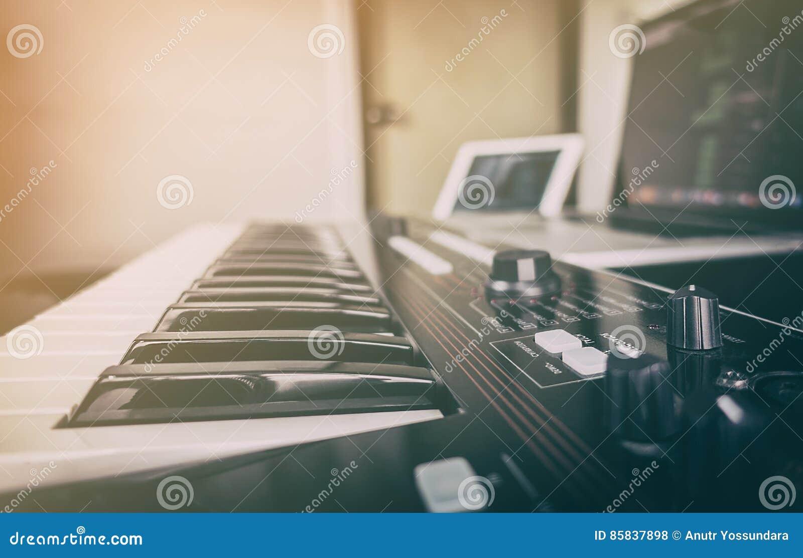 Synthesizertoetsenbord voor muziekproductie