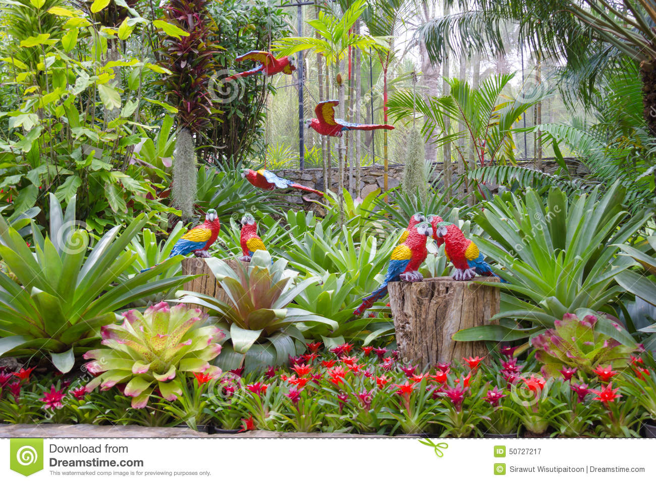 The Synthetic Parrot As Garden Decoration In Nong Nooch