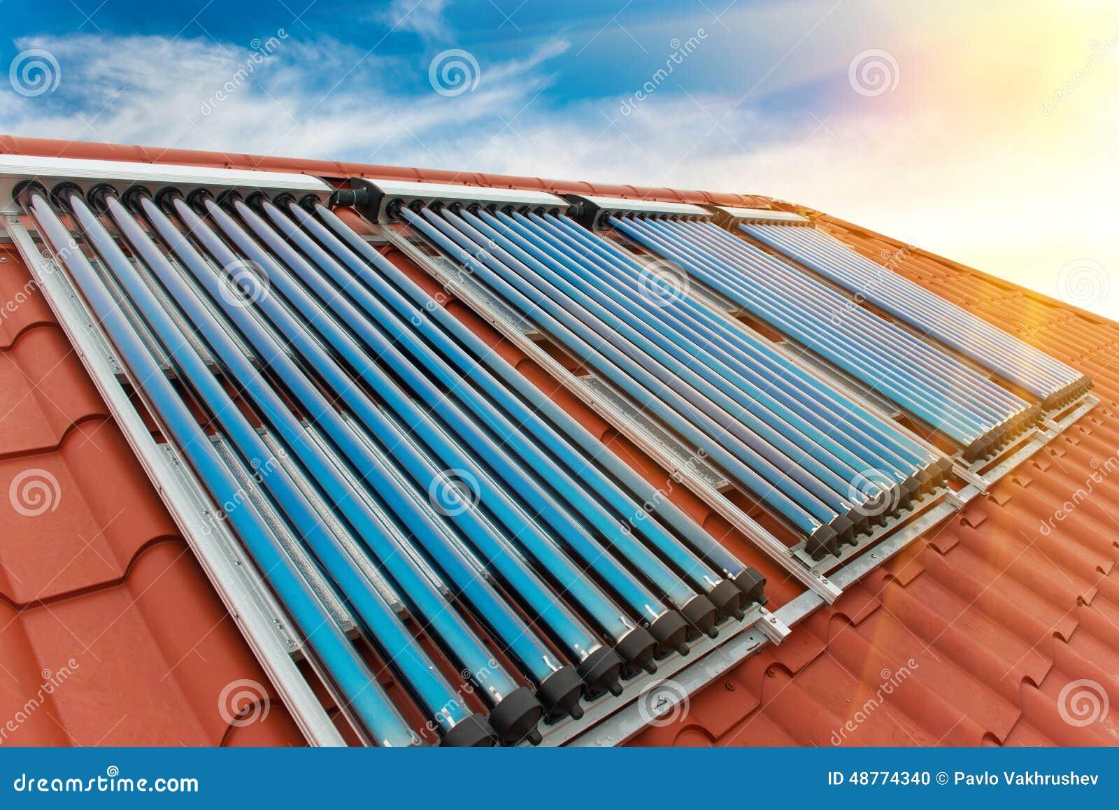 Système de chauffage solaire de l eau de collecteurs de vide