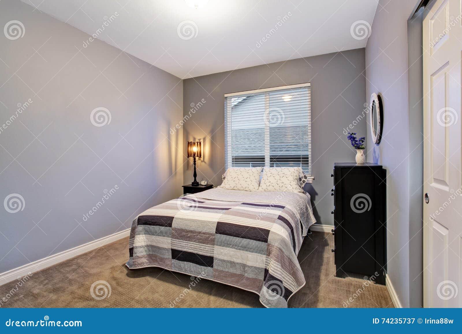 Szara Prosta Sypialnia Z Dużym łóżkiem Wielki Okno Obraz