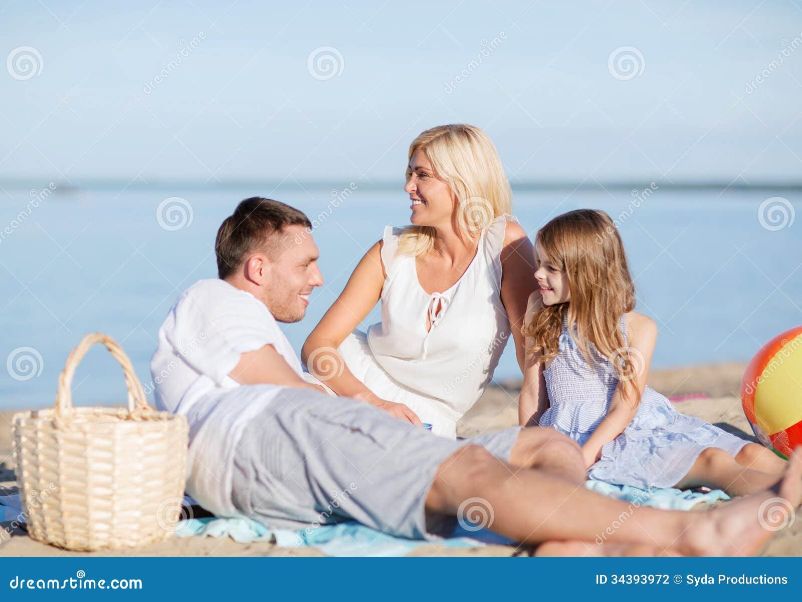 Szczęśliwa rodzina ma pinkin