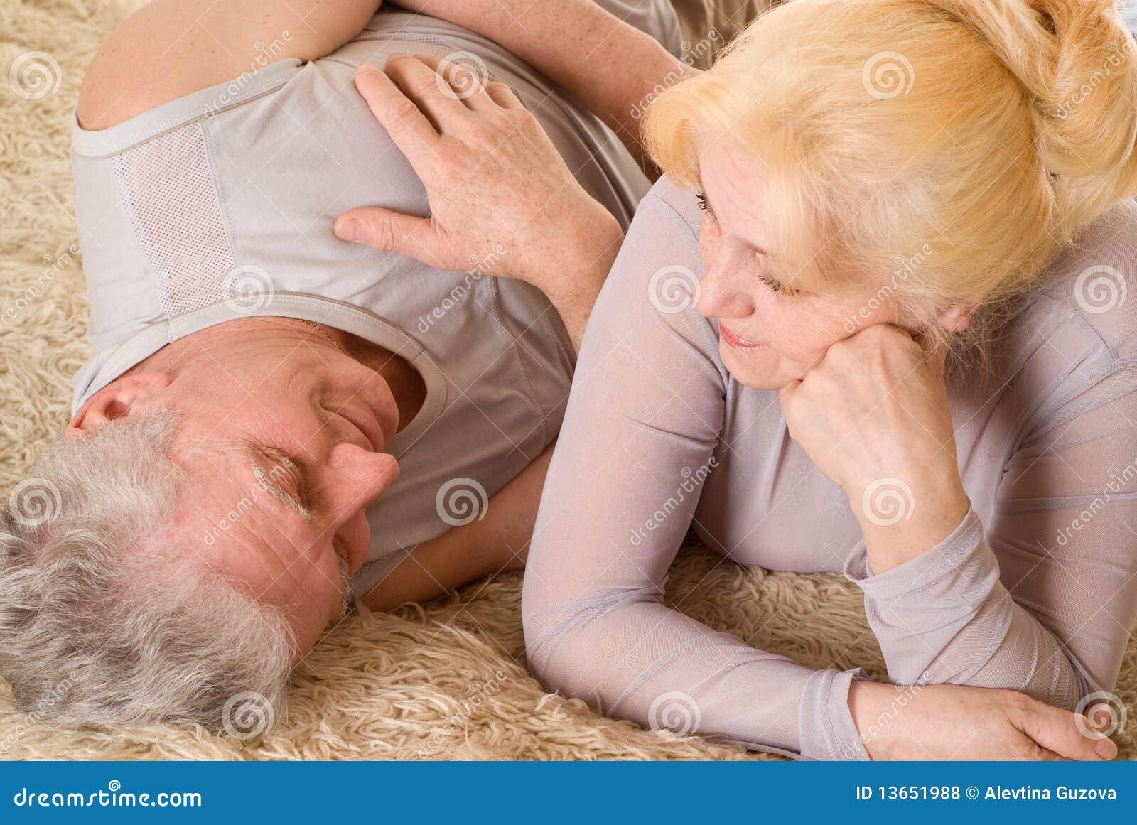 Szczęśliwa stara para