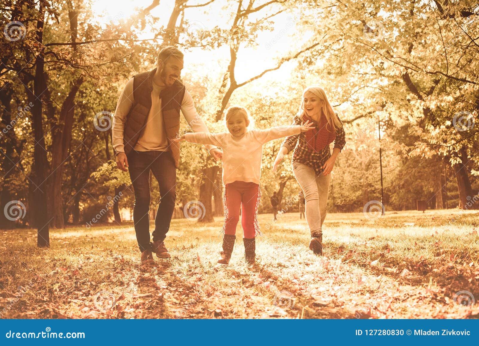 Szczęśliwego dzieciństwa