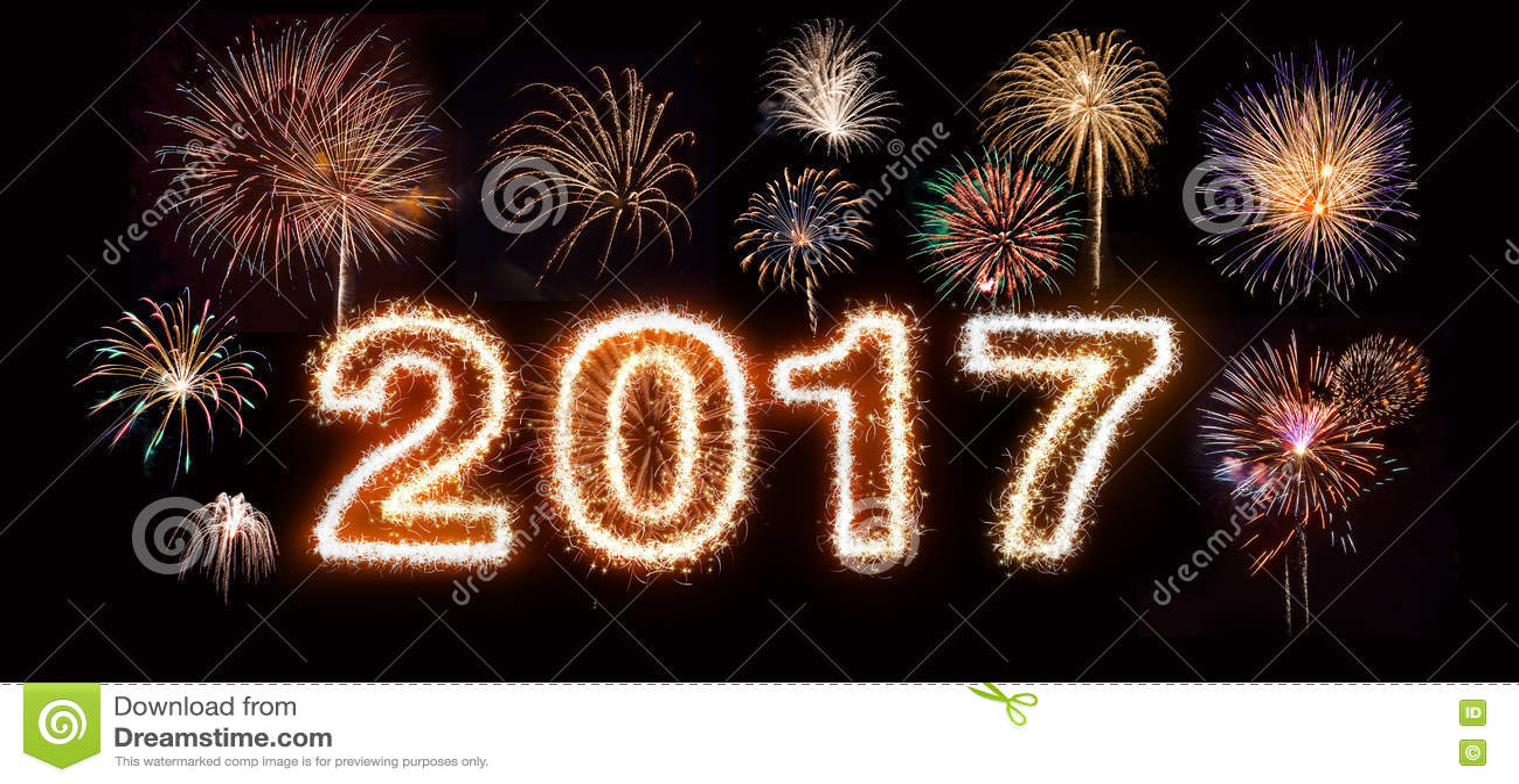Szczęśliwi nowego roku 2017 fajerwerki