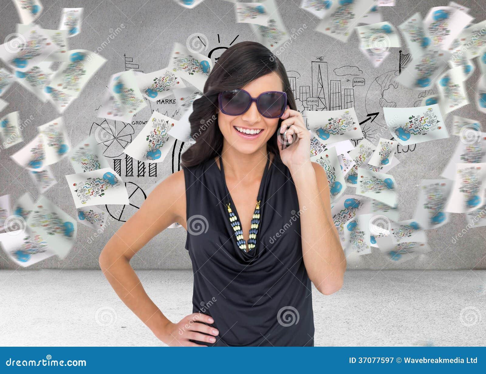 Download Szczęśliwy Brunetki Telefonowanie Ilustracji - Ilustracja złożonej z target174, osoba: 37077597