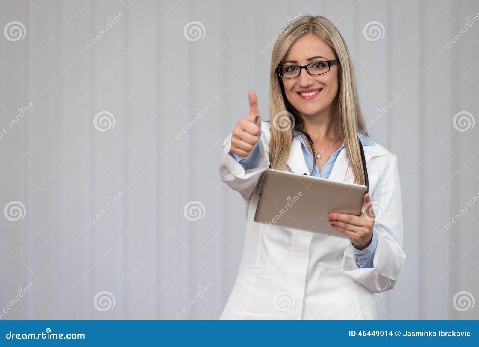 Szczęśliwy Doktorski aprobata znak