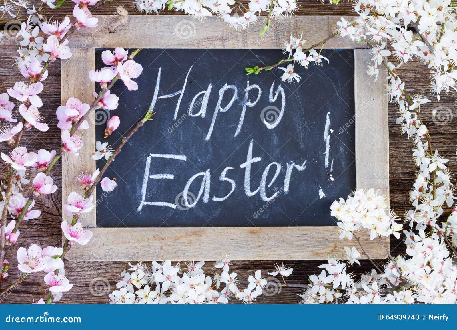 Szczęśliwy Easter z kwiatami