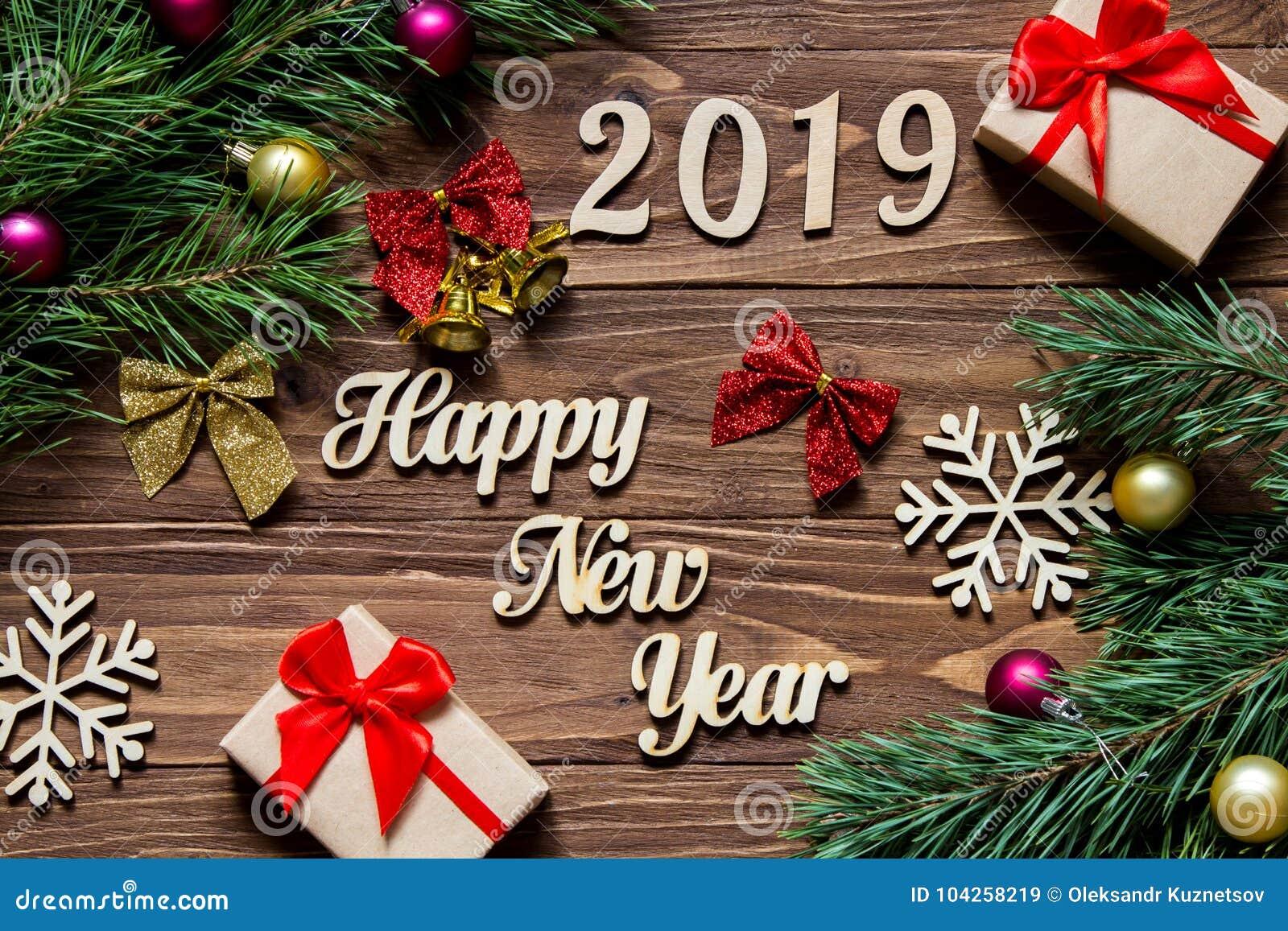 Szczęśliwy Nowy Rok 2019 Prezenty I Bożego Narodzenia świecidełko Na