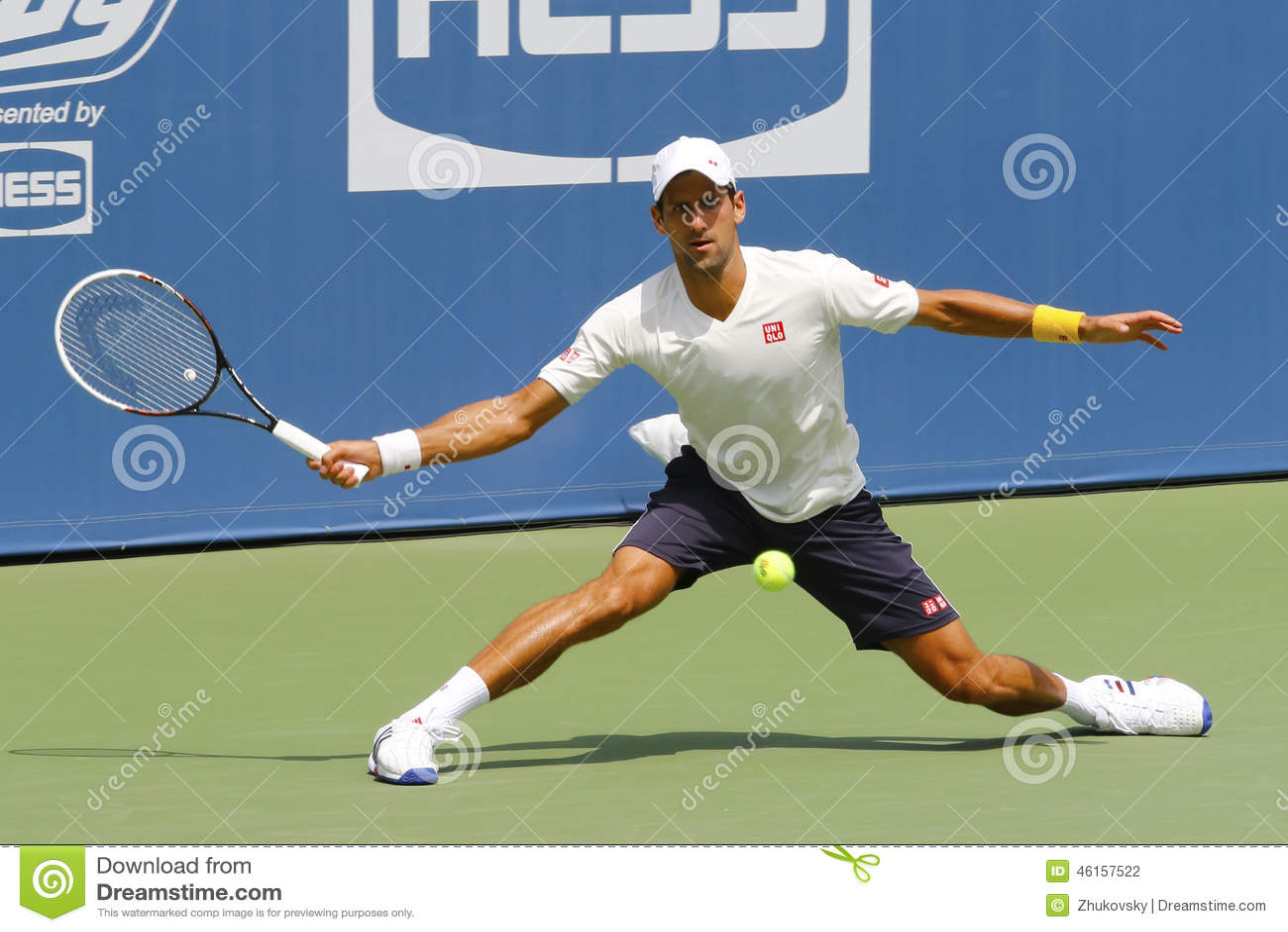 Sześć czasu wielkiego szlema mistrzów Novak Djokovic ćwiczy dla us open 2014