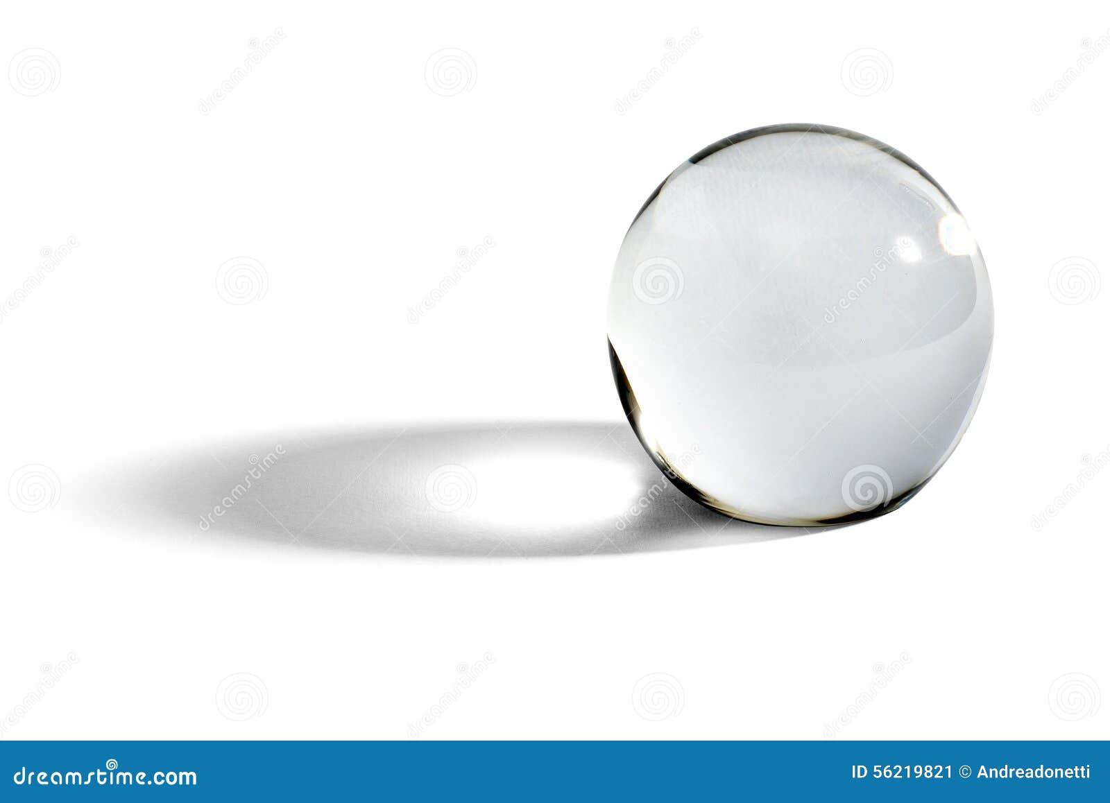 Szklana piłka lub okrąg z cieniem