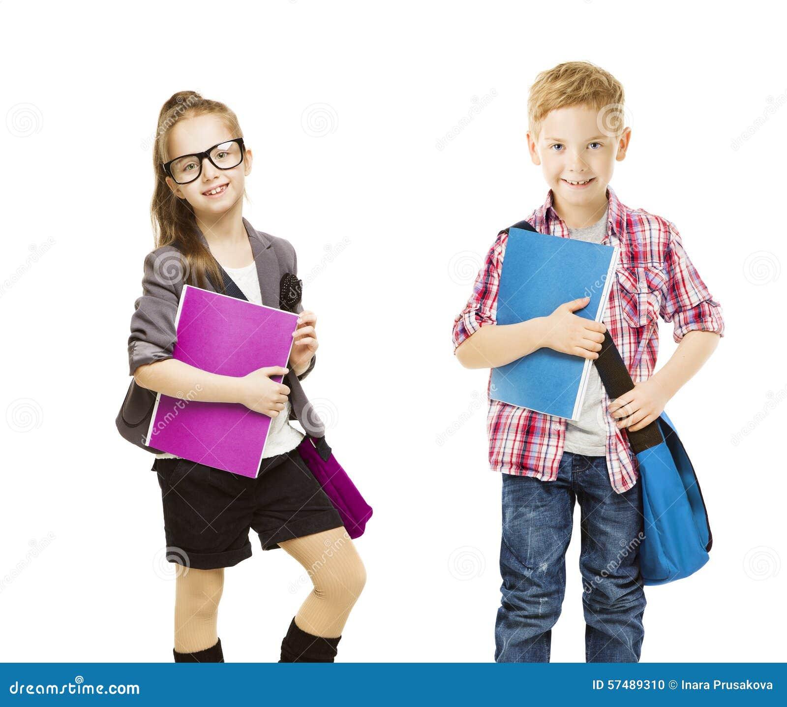 Szkoła dzieciaki grupa, dziecko mundur na bielu, małej dziewczynki chłopiec