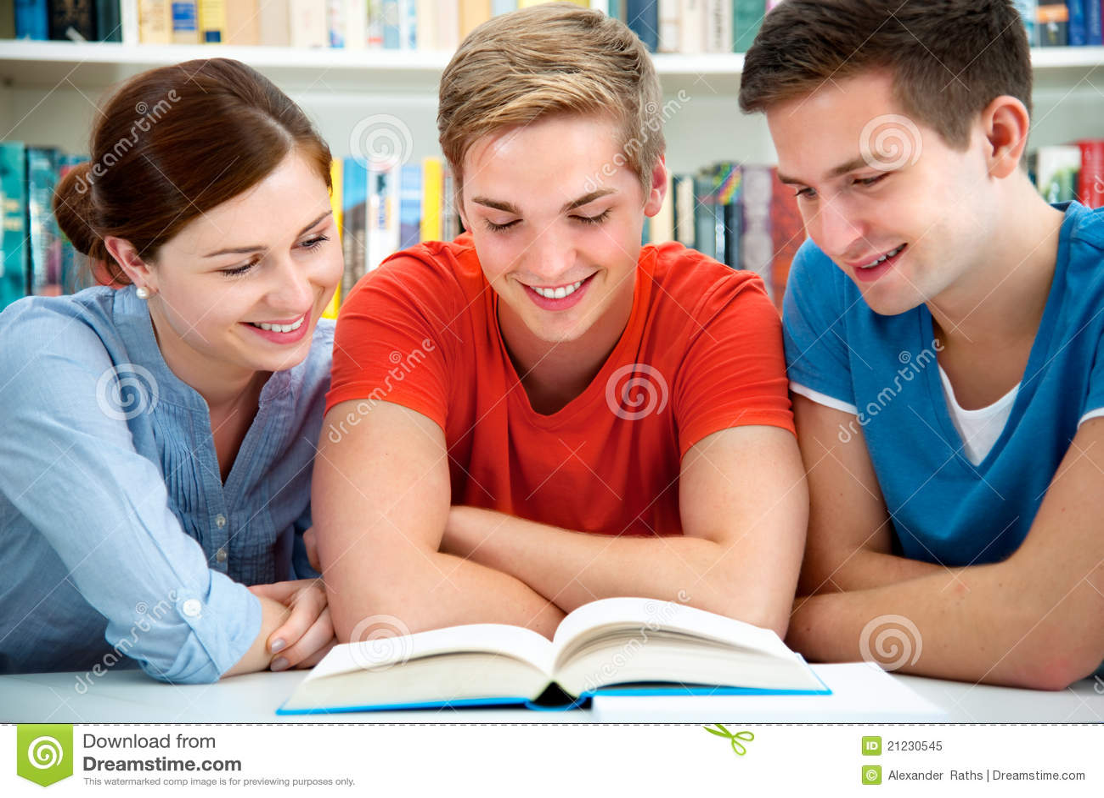 Szkoła wyższa biblioteki ucznie