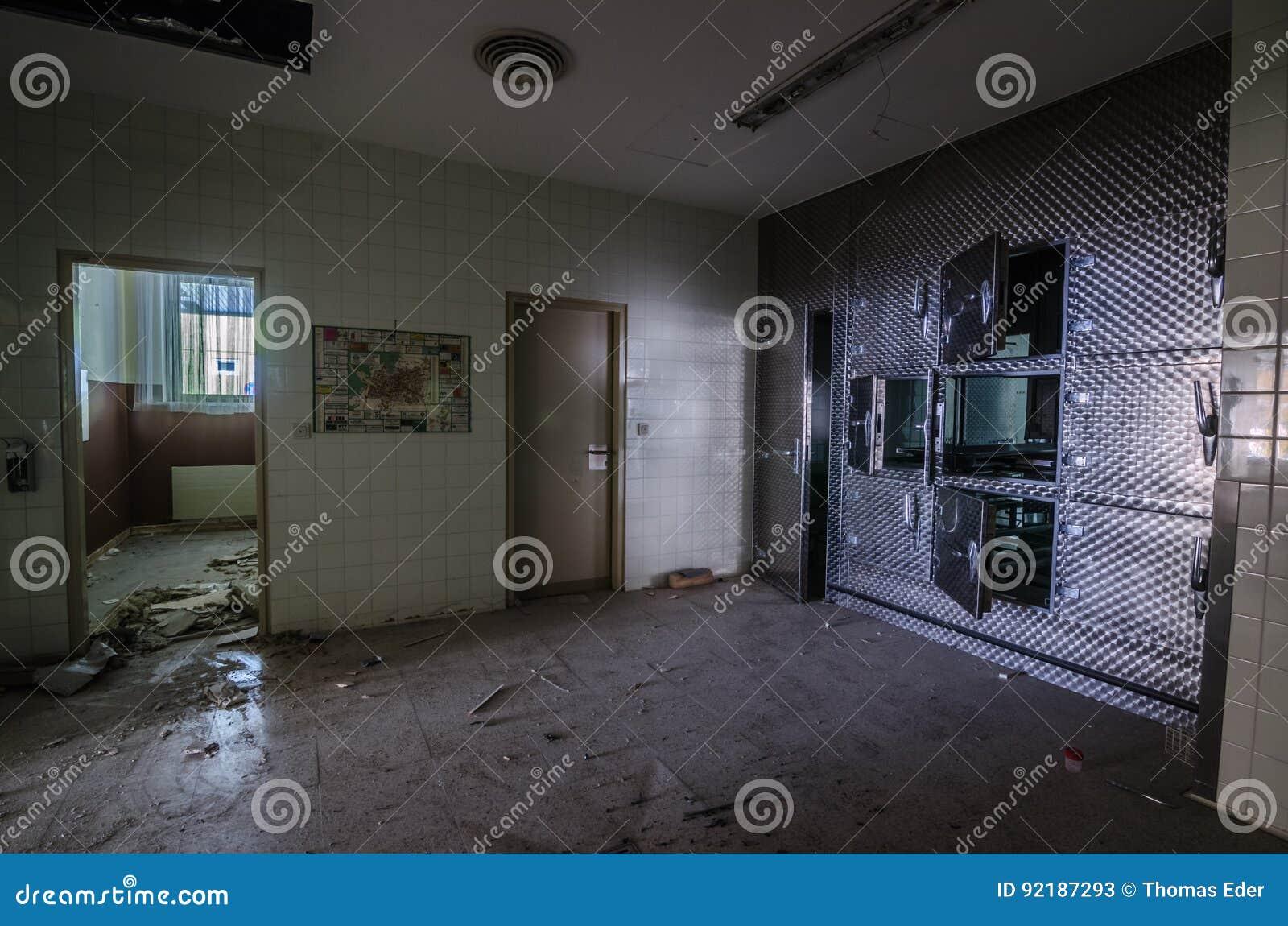 Szpitalna kostnica
