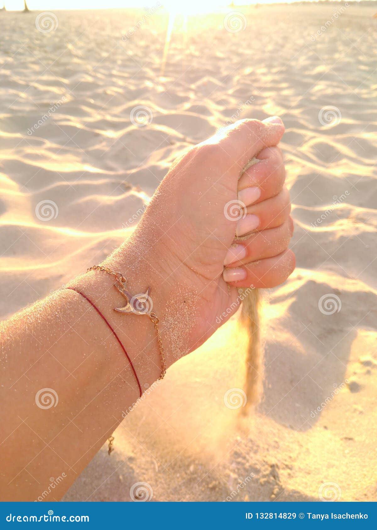 Sztuka z wiatrem i piaskiem
