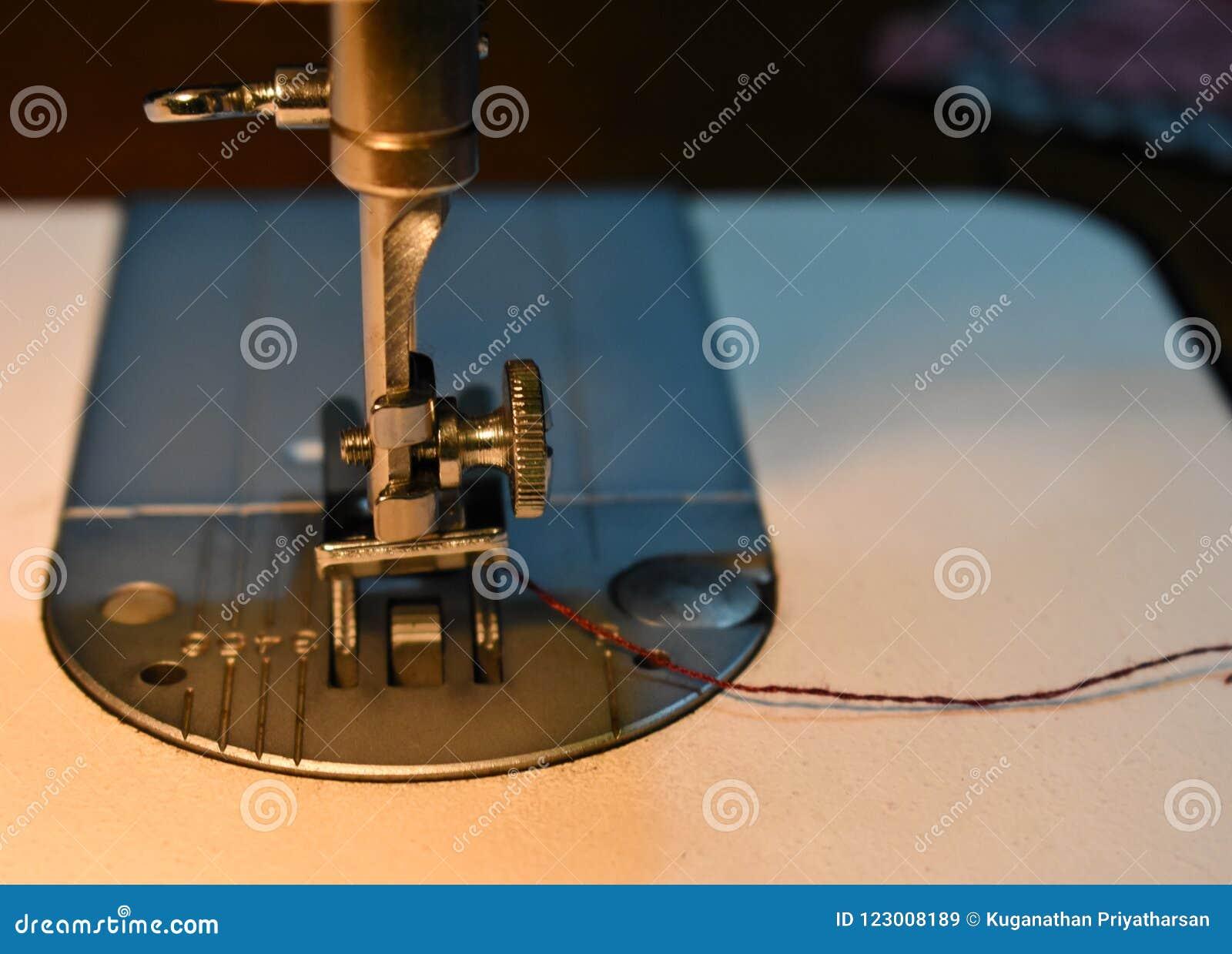 Szwalnej maszyny igła