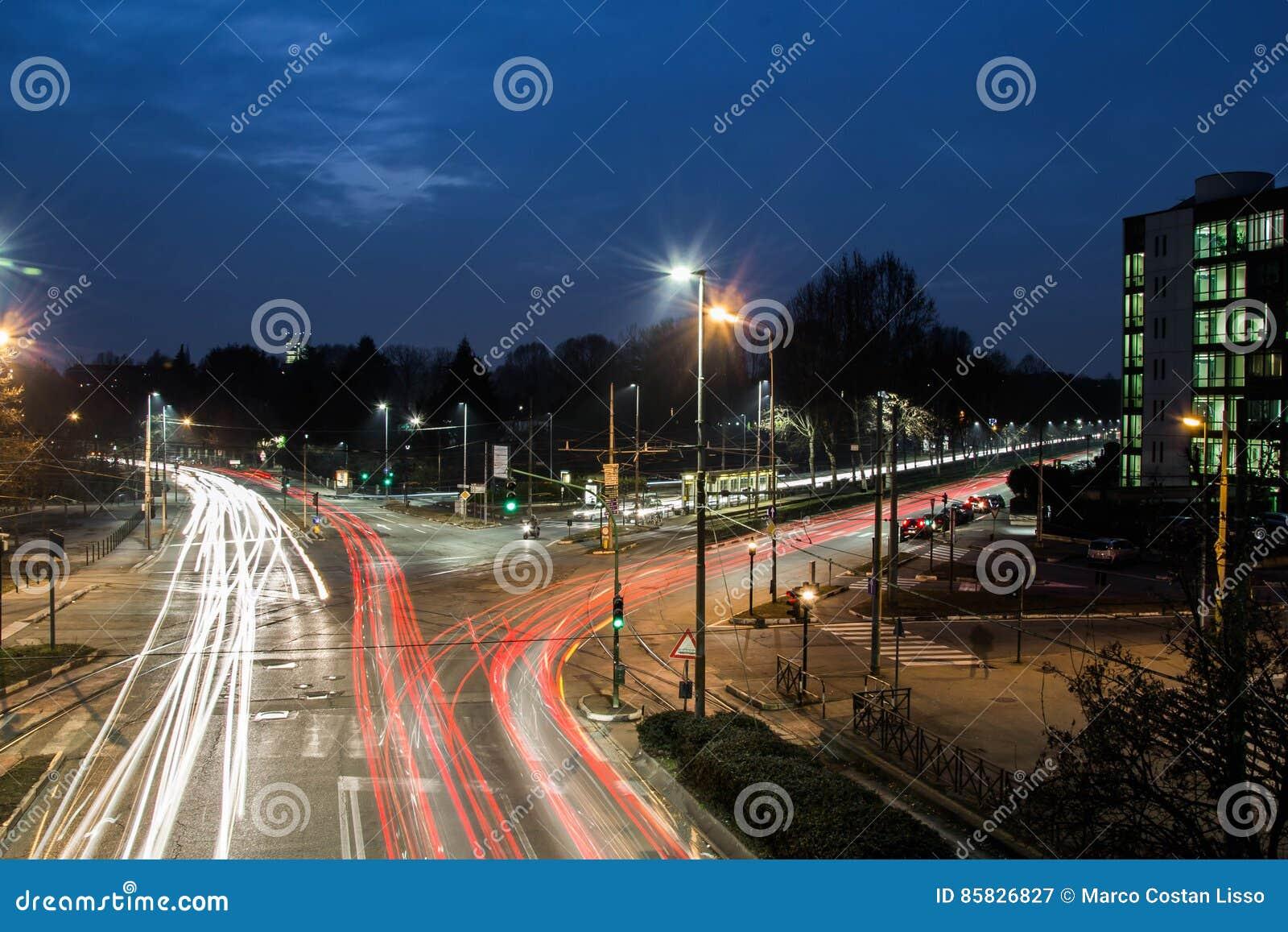 Szybcy samochody w mieście