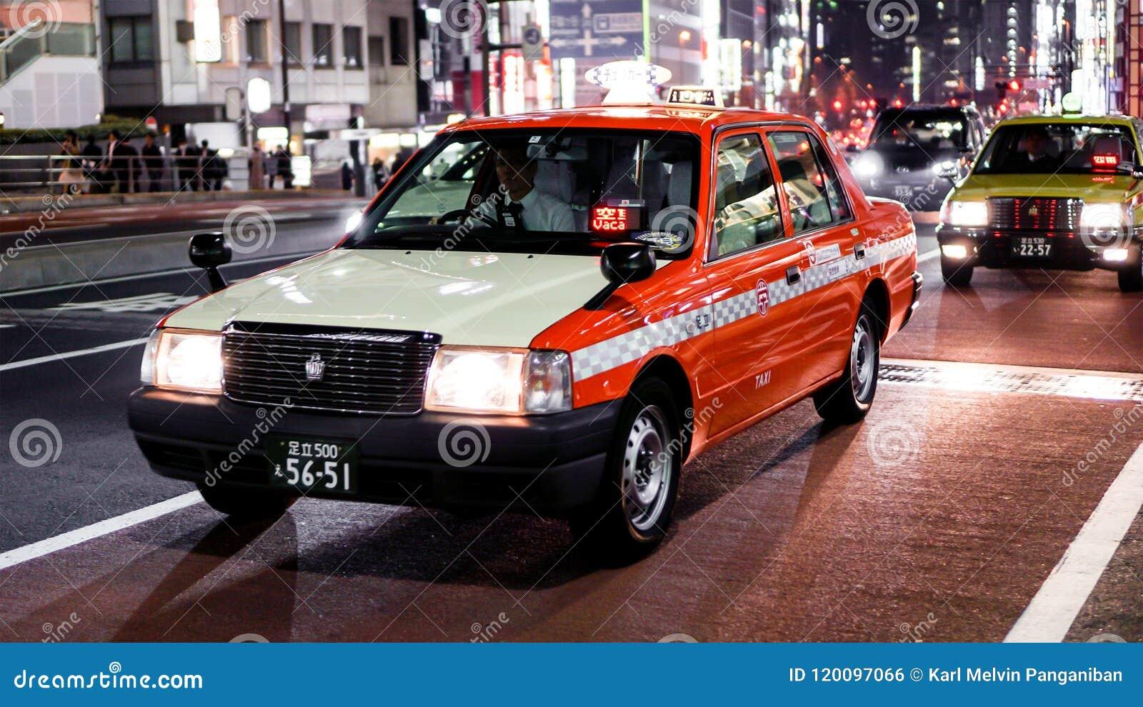 Táxi de Japão na noite