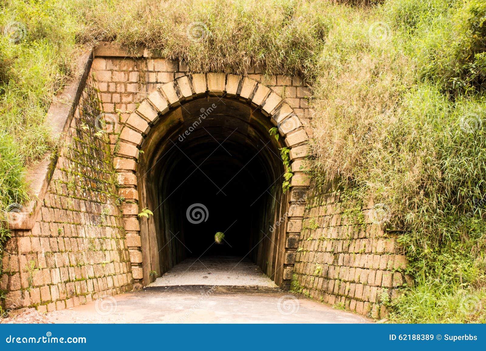 Túnel Mont Serrat - Ferrovia Brusque - Санта-Катарина, Бразилия