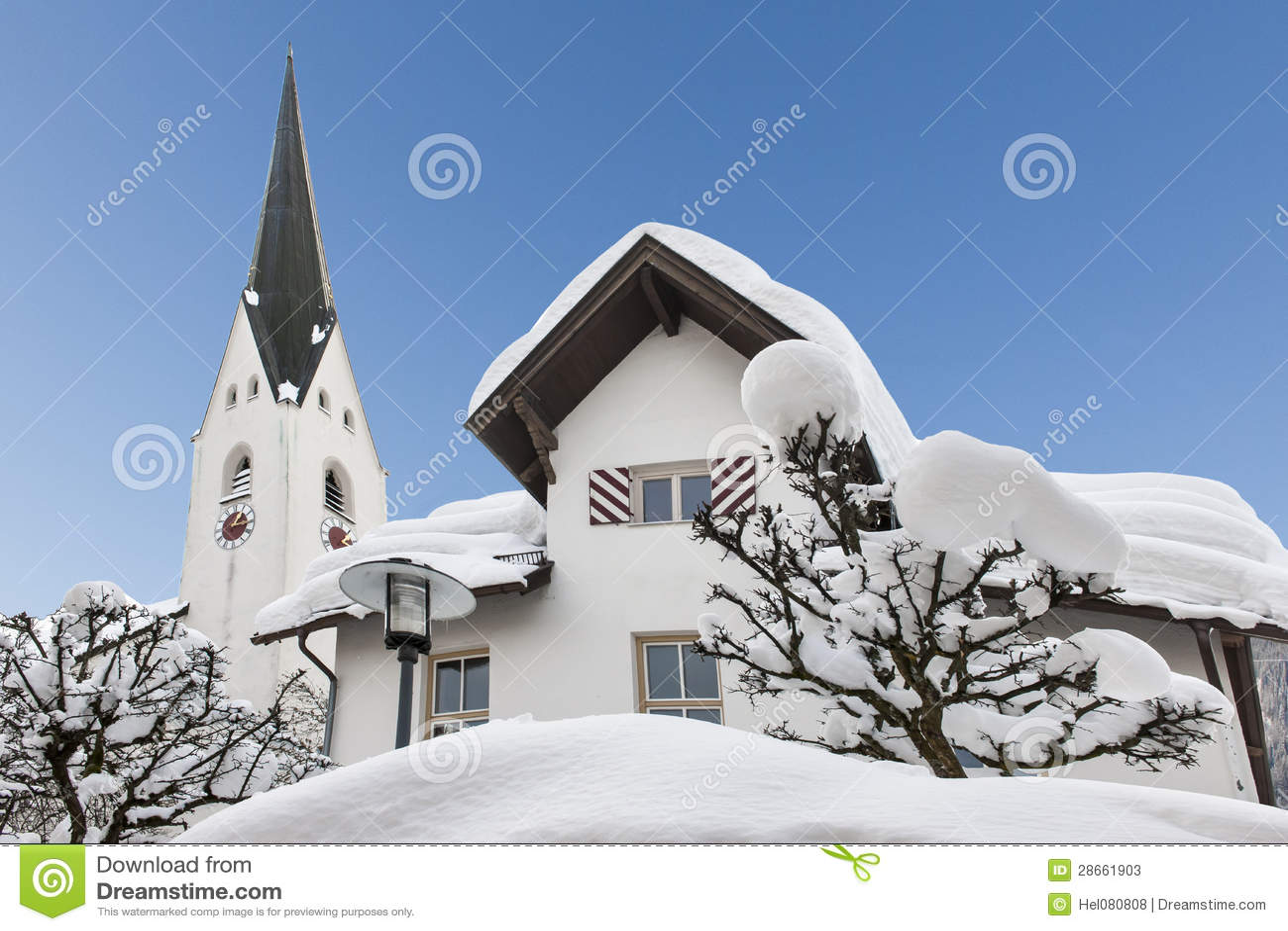 Täckt stadshusOberstdorf snow
