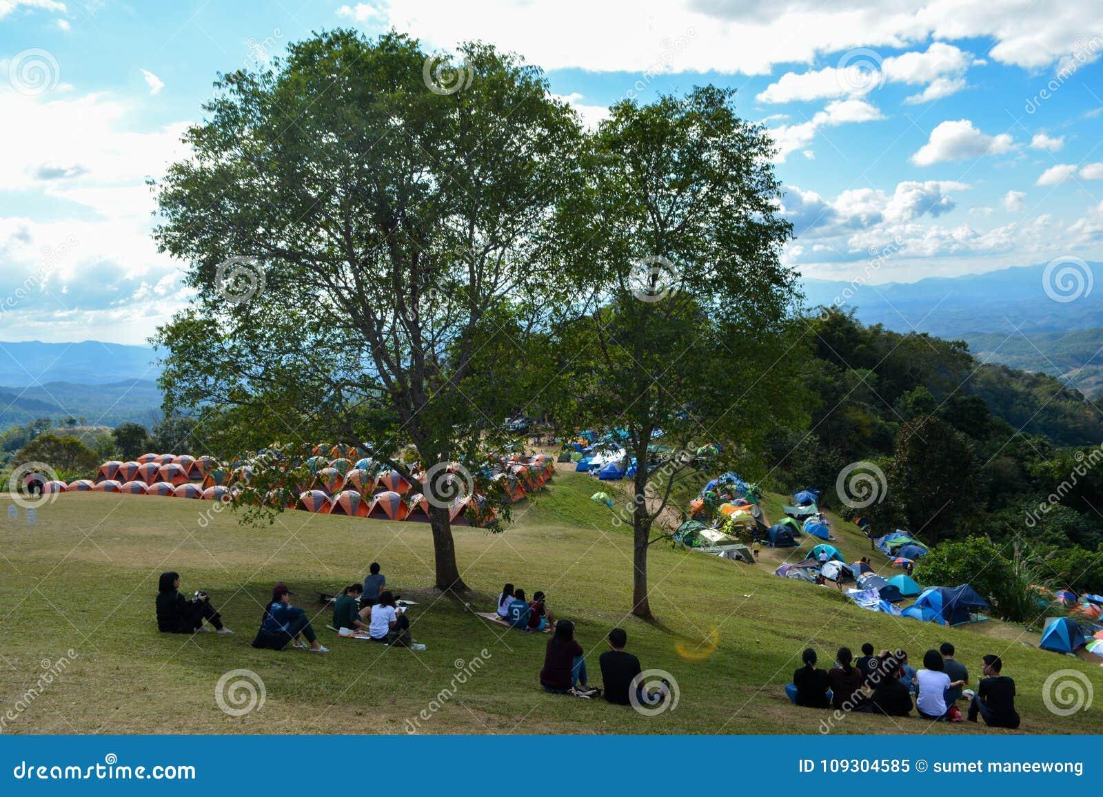 Tält på Nan Mountain 360 grad sikt