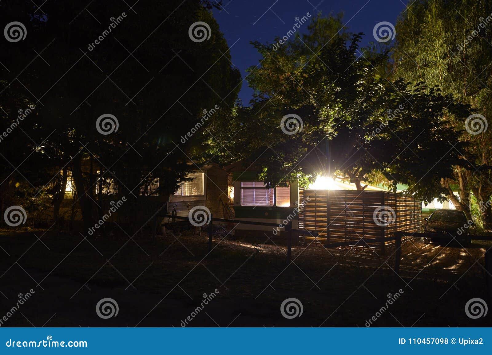 Tältplatsnattljus