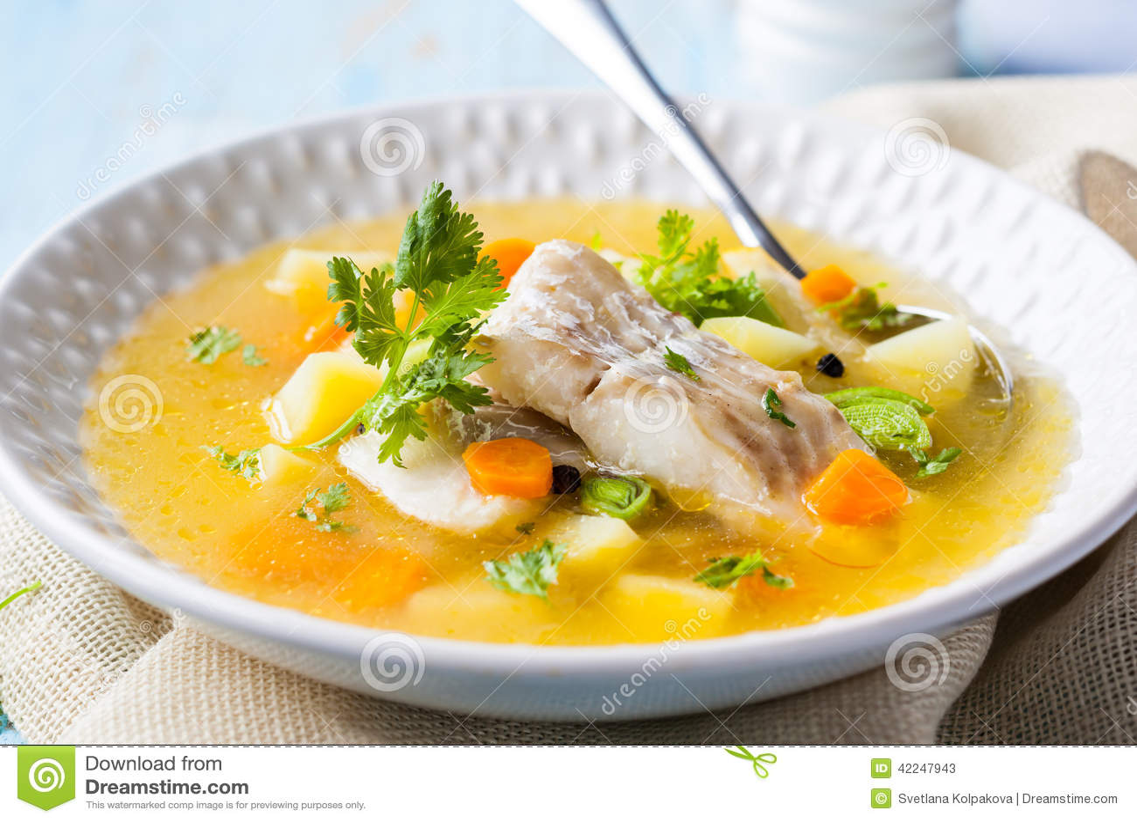 Tät fisk skjuten soup upp