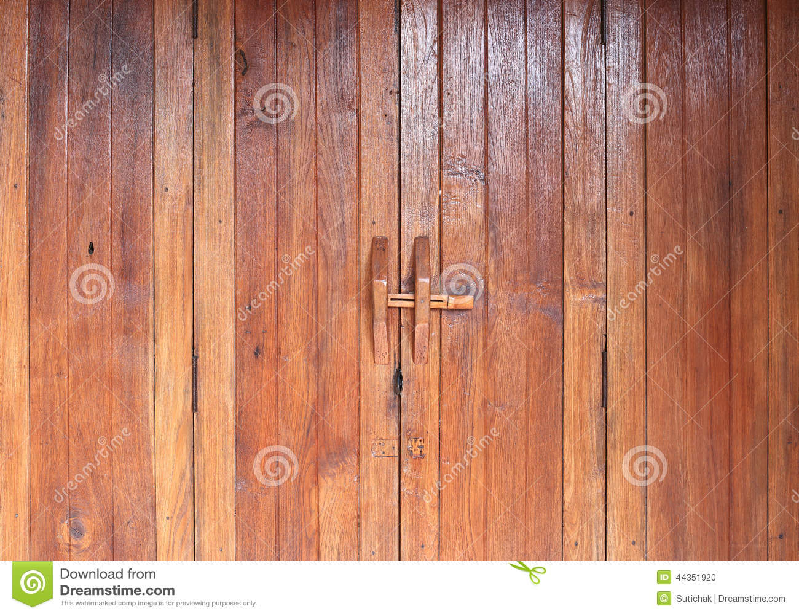 Tätt dörrhandtag som skjutas upp