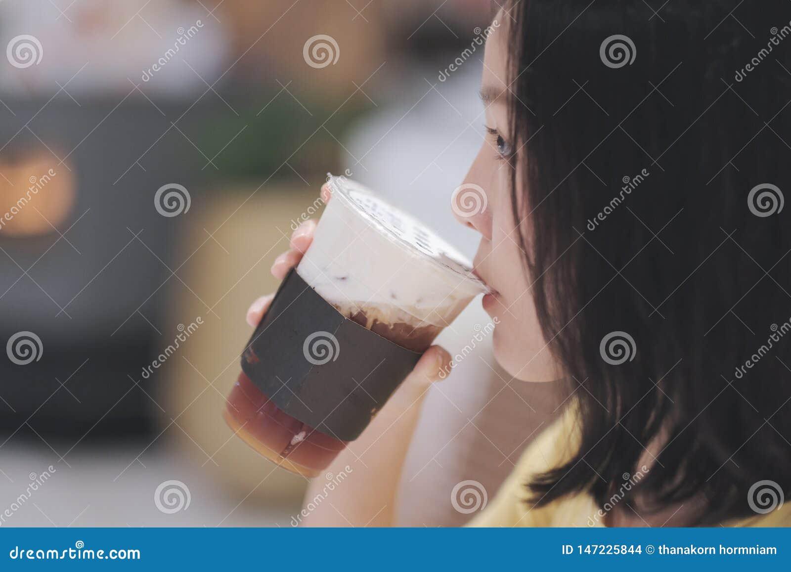 Tè del latte alimentare