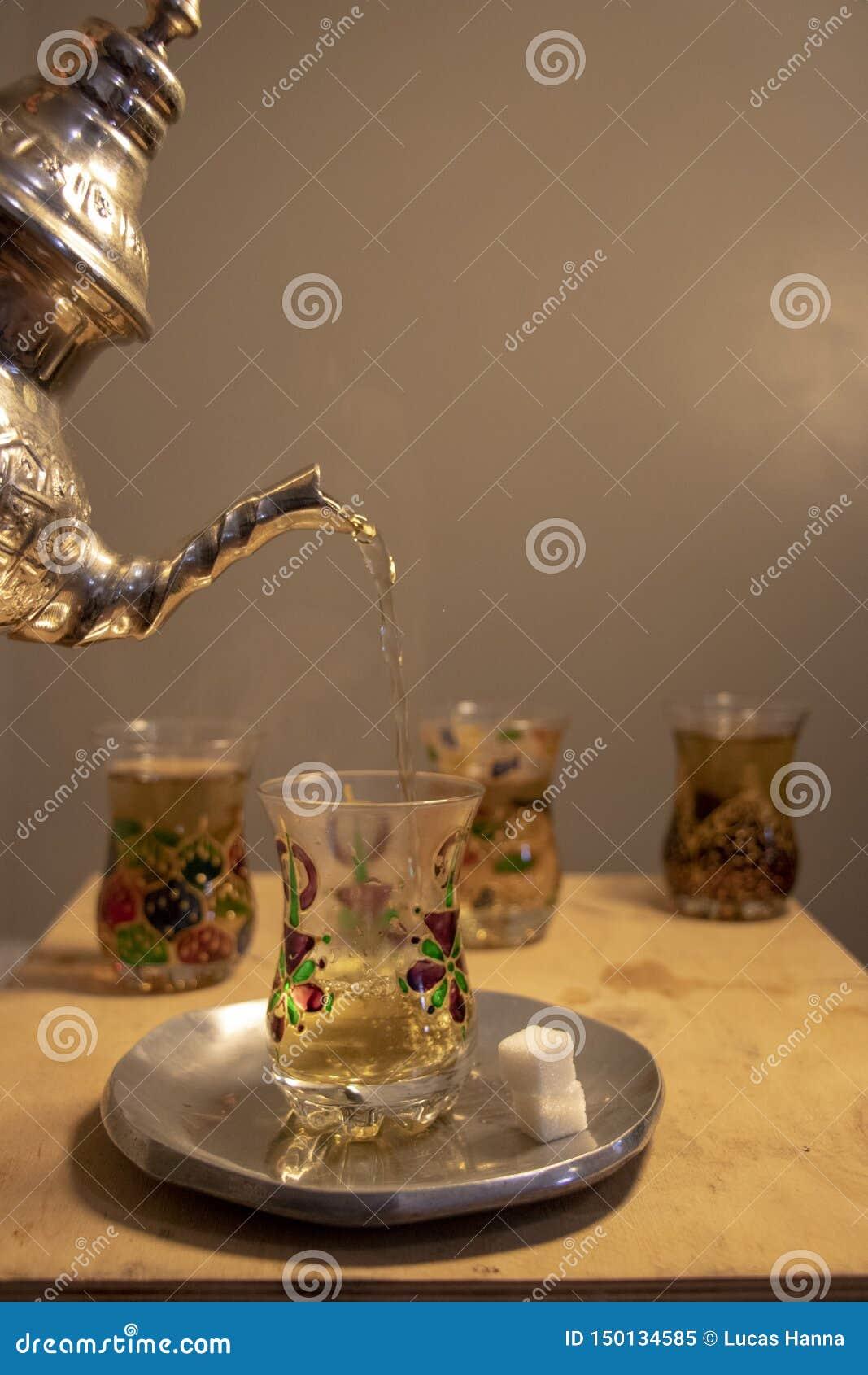 Tè della menta nel Marocco