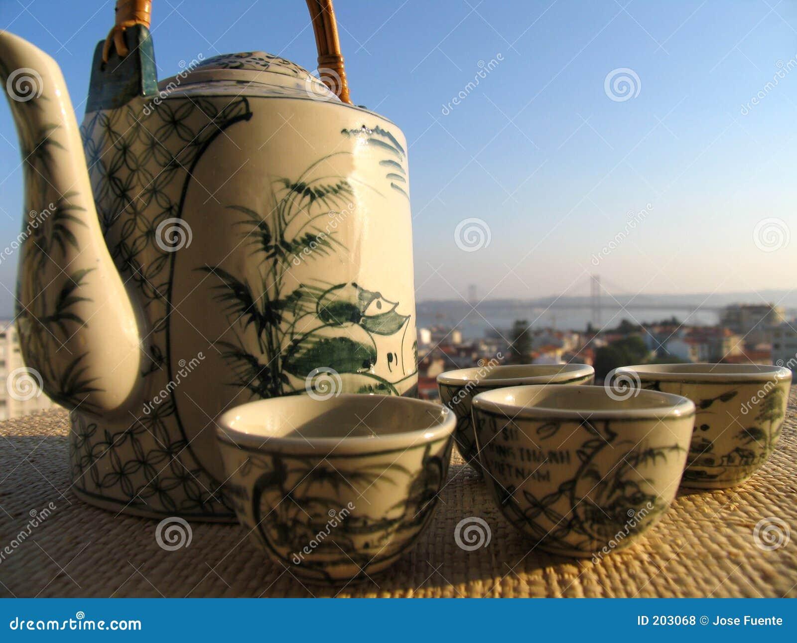Tè sul terrazzo