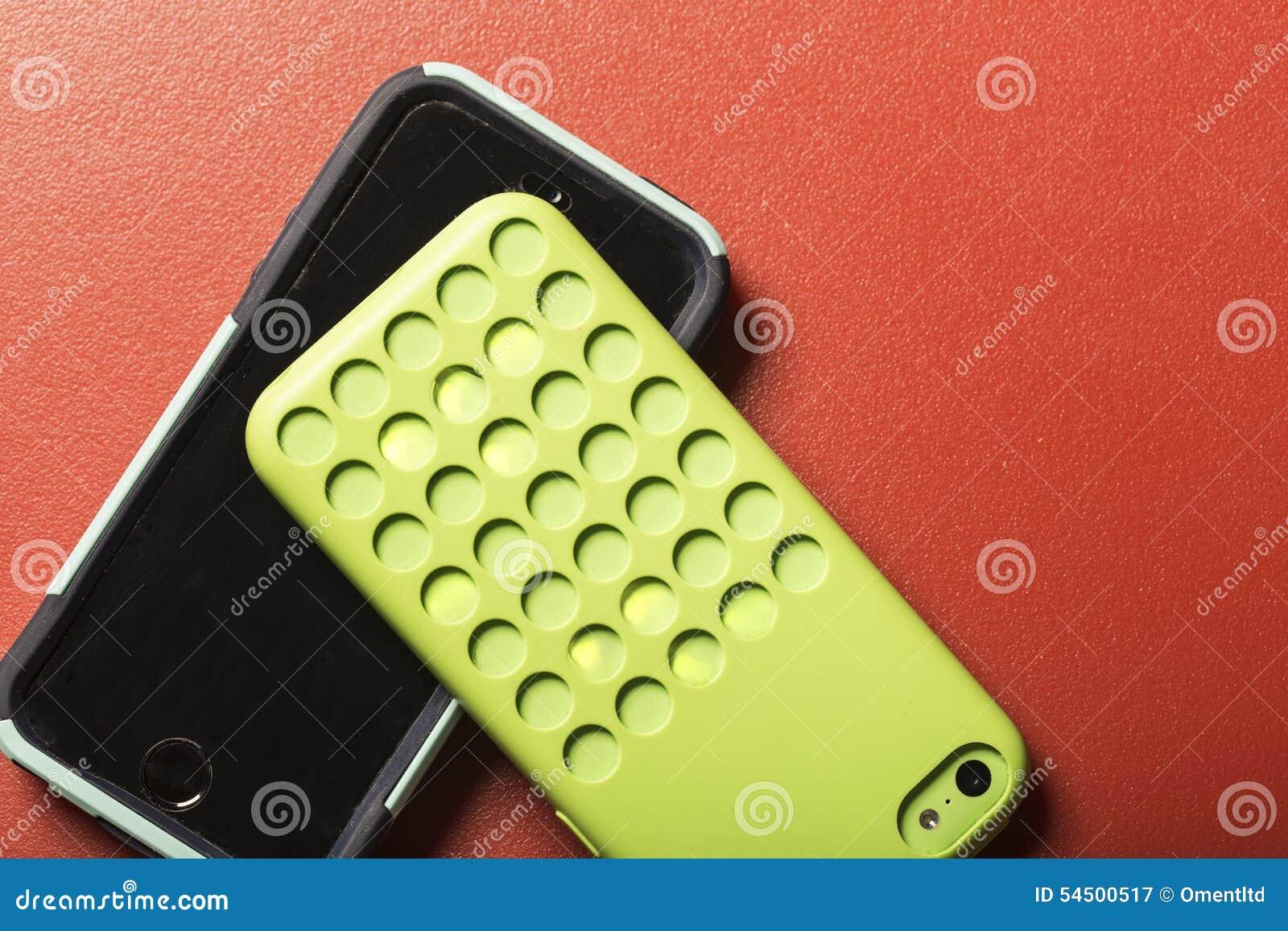 Téléphones intelligents colorés