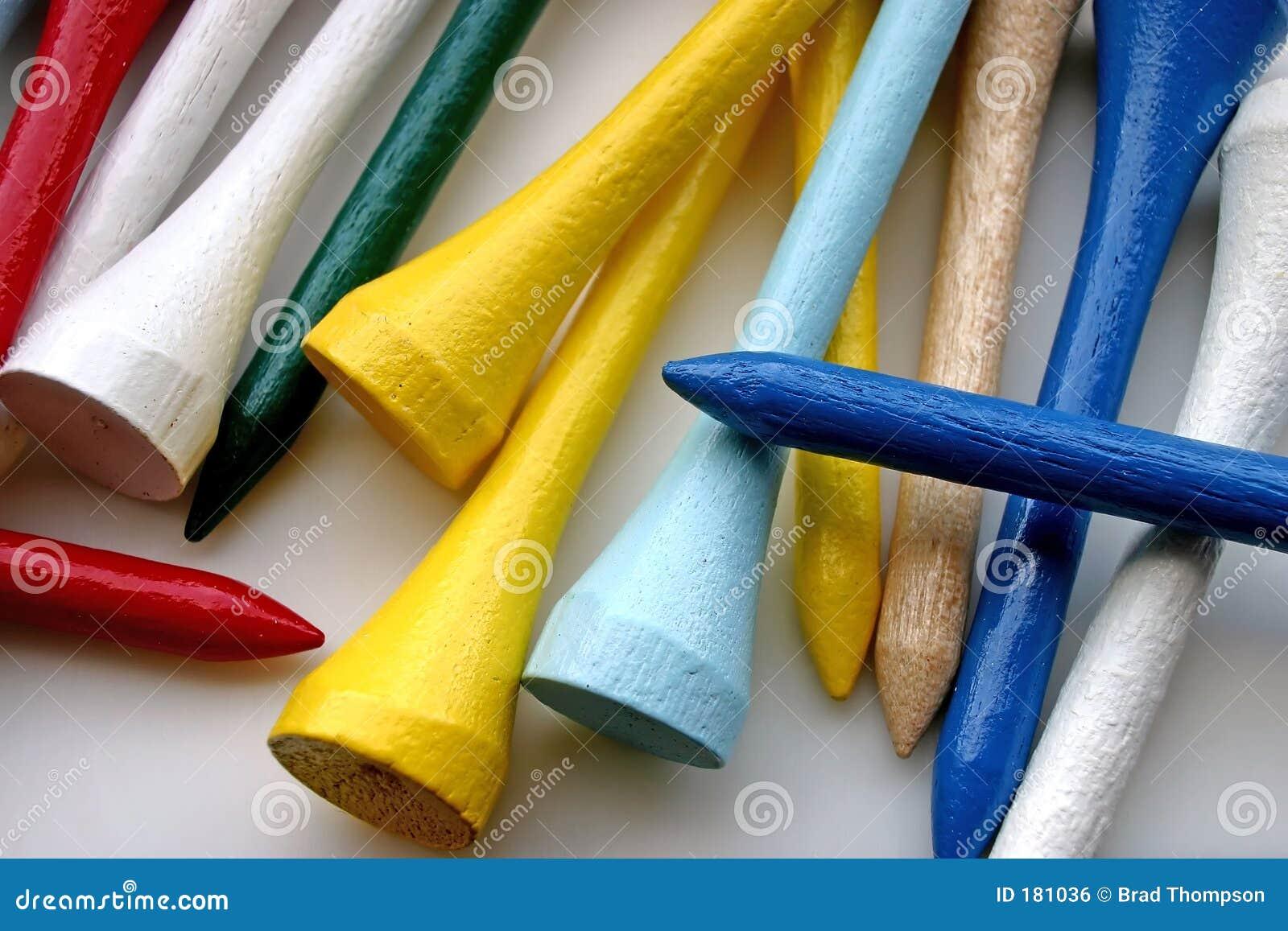 Tés de golf en bois brillamment colorés