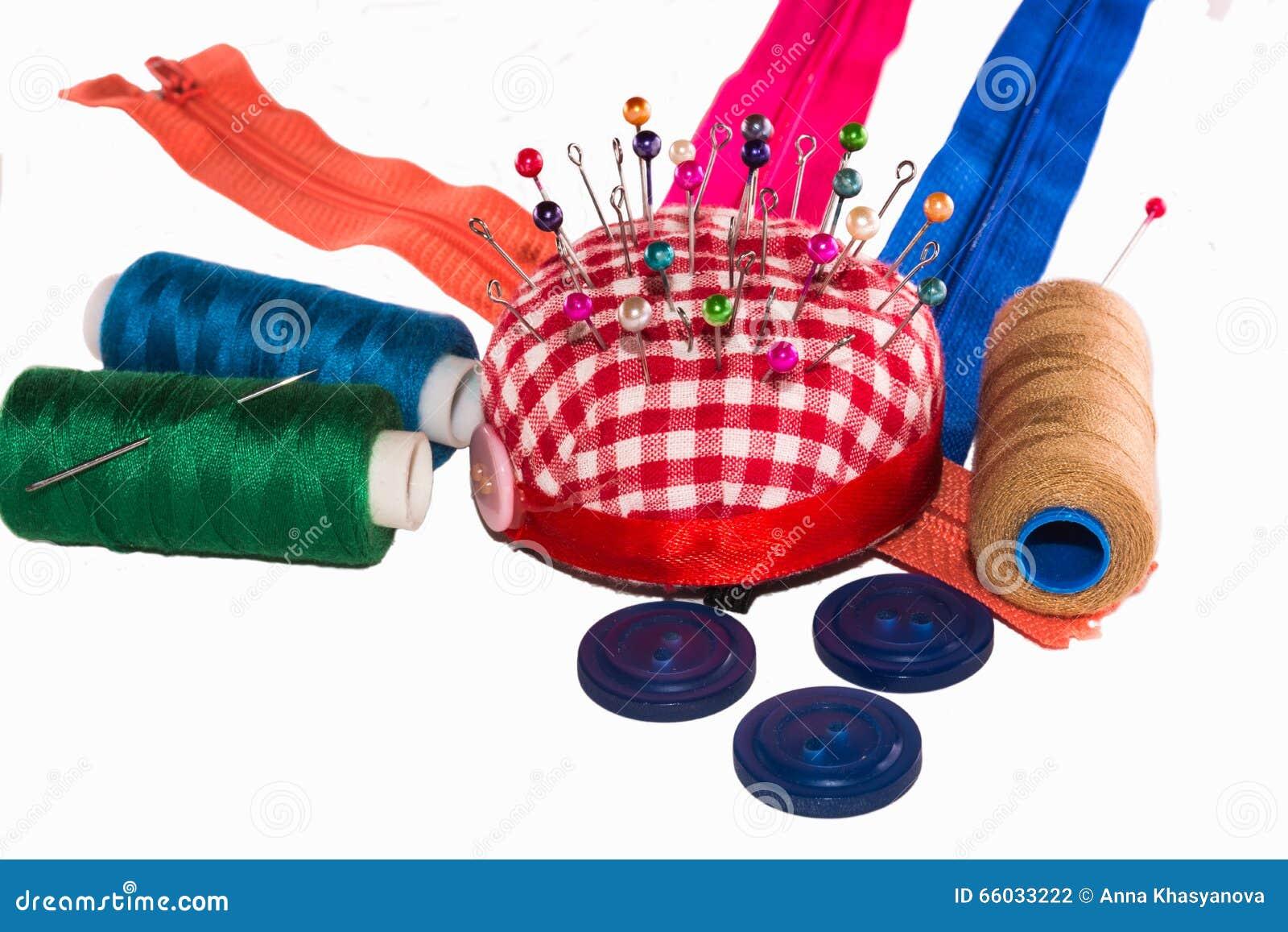 Têtes d épingle colorées en pelote à épingles