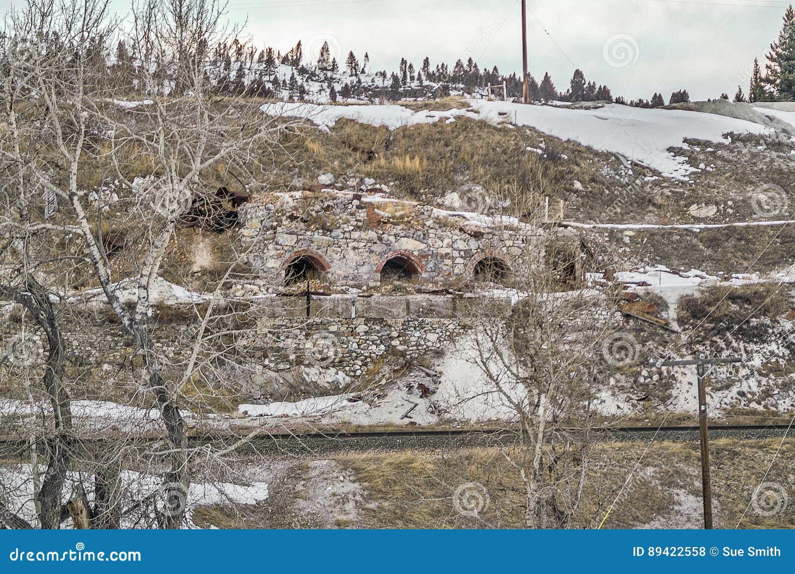 Túneis dilapidados
