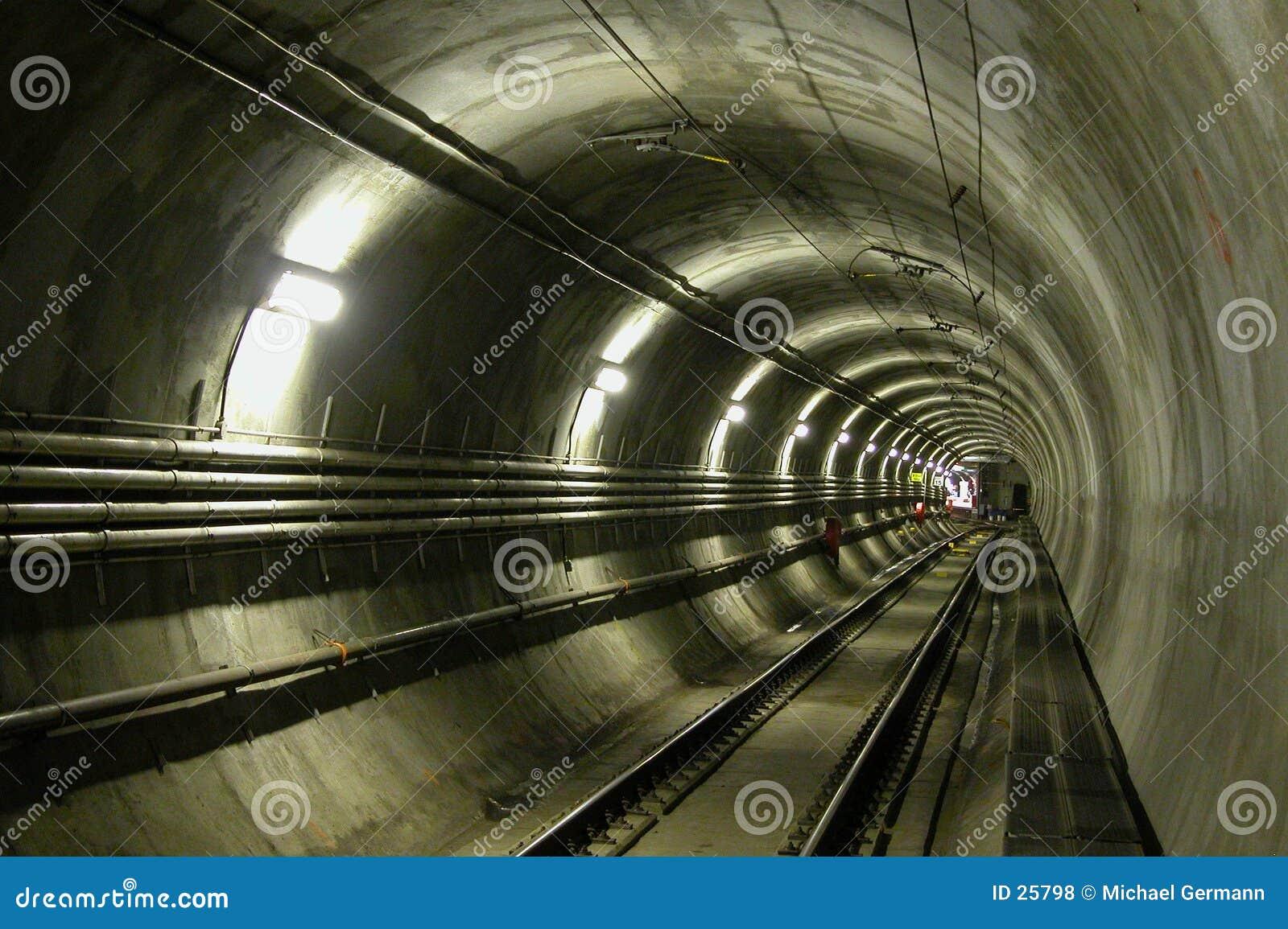 Túnel de LRT
