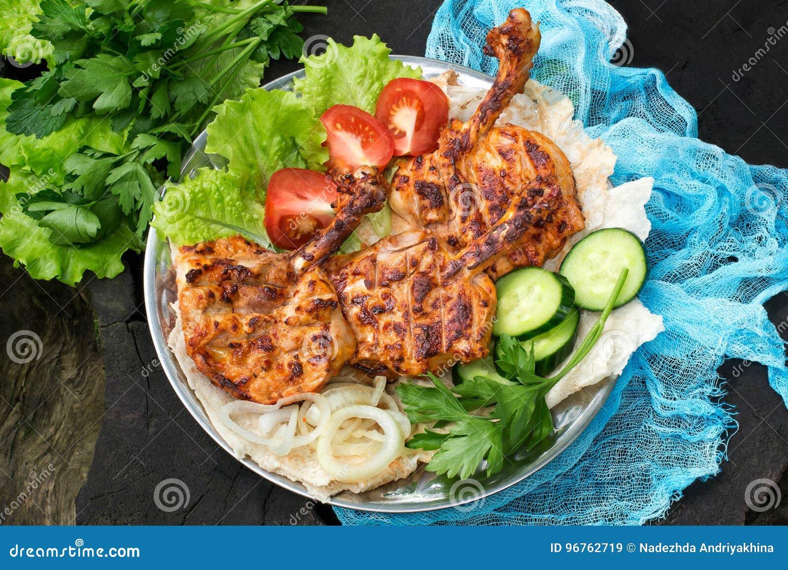 Outdoor Küche Aus Türkei : Türkische küche hühnerhieb auf knochen pirzola mit gemüse