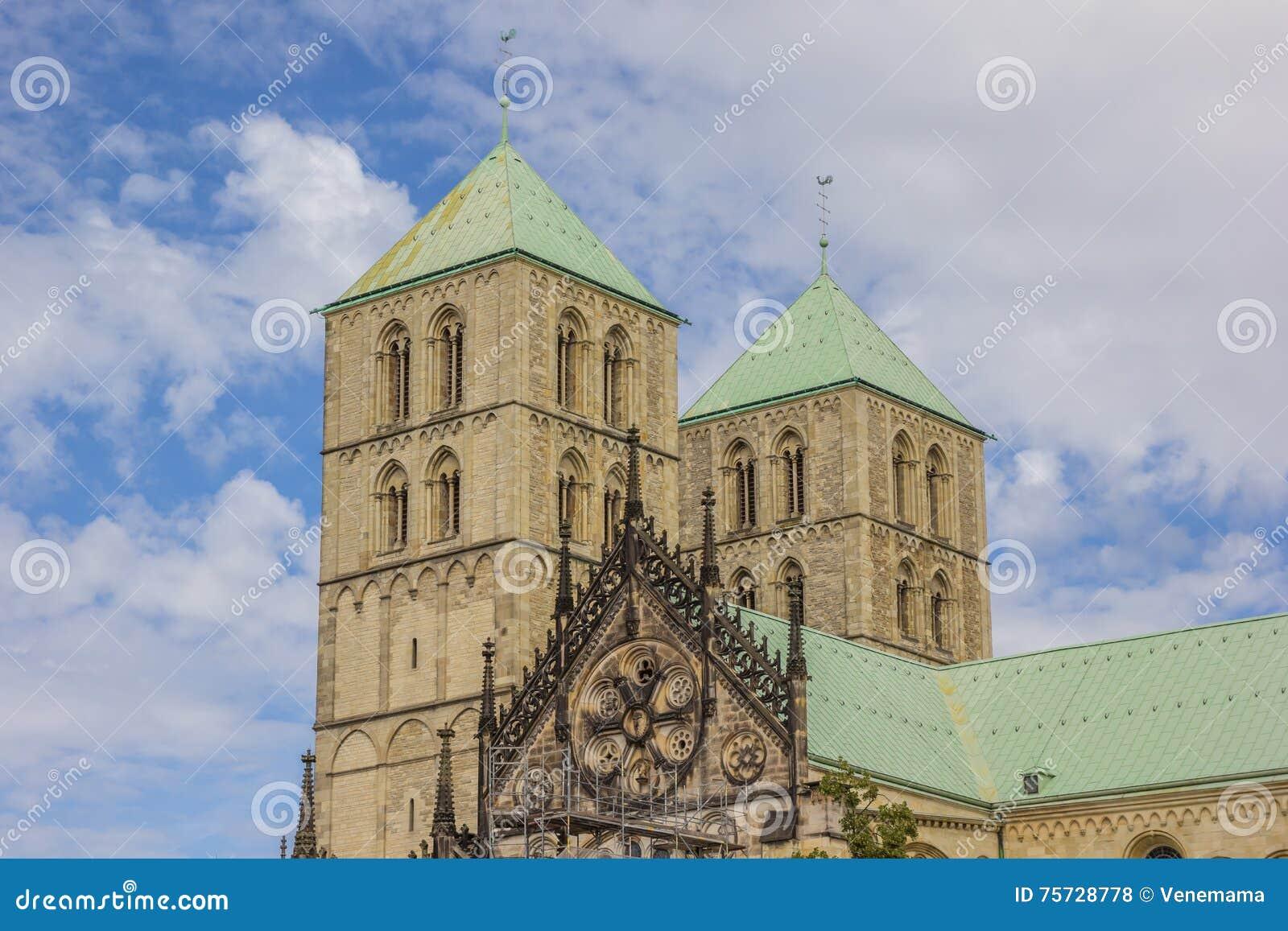 Türme des St. Paulus Dom in Munster