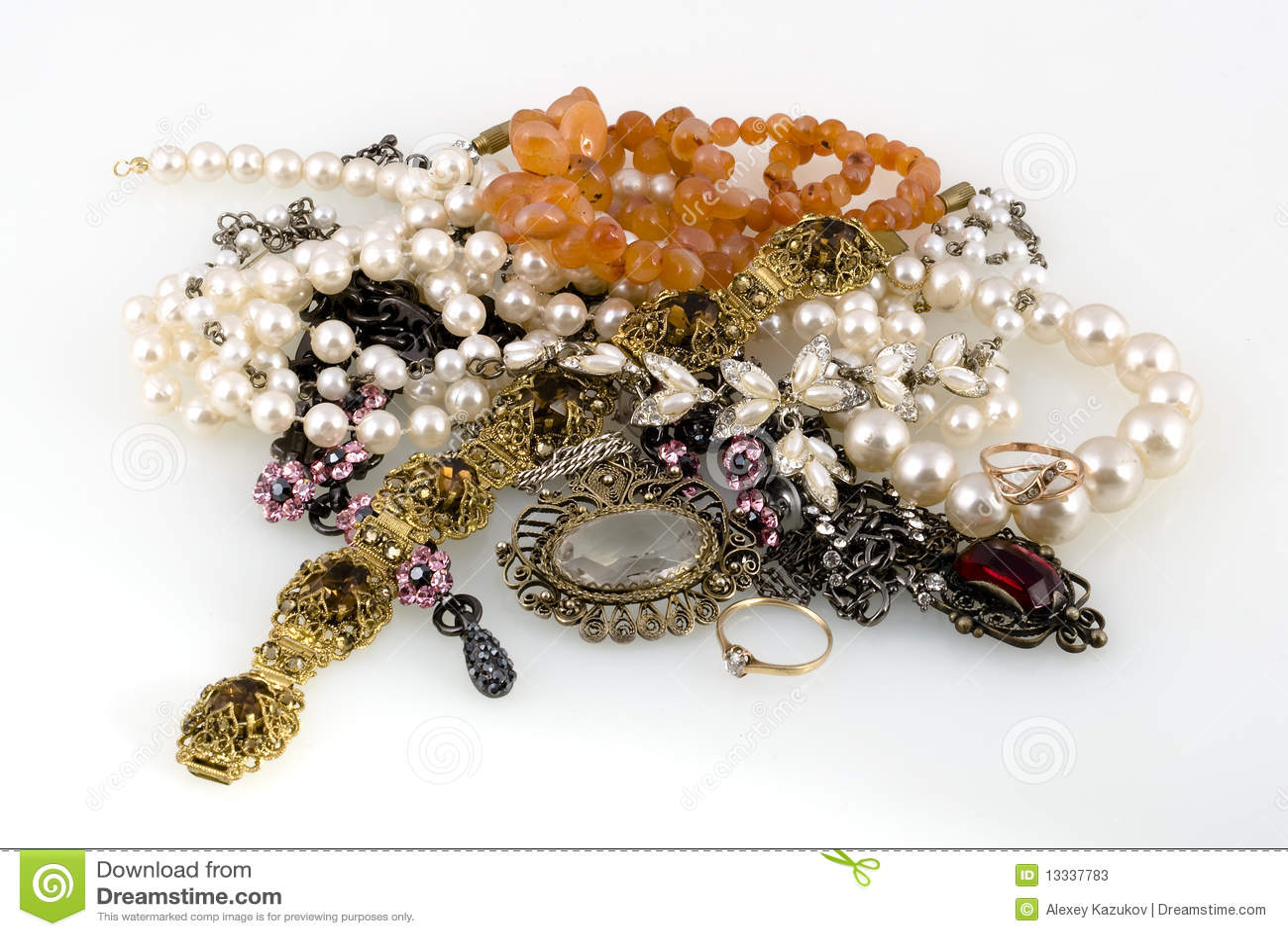 Tła biżuterii biel