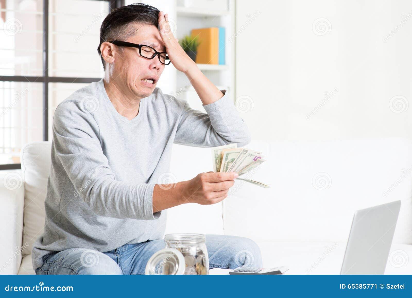 Tła rachunków monet pojęcia kryzysu dolarowego obowiązku pieniężna ciężka kluczowa kłódka rozpraszał biel