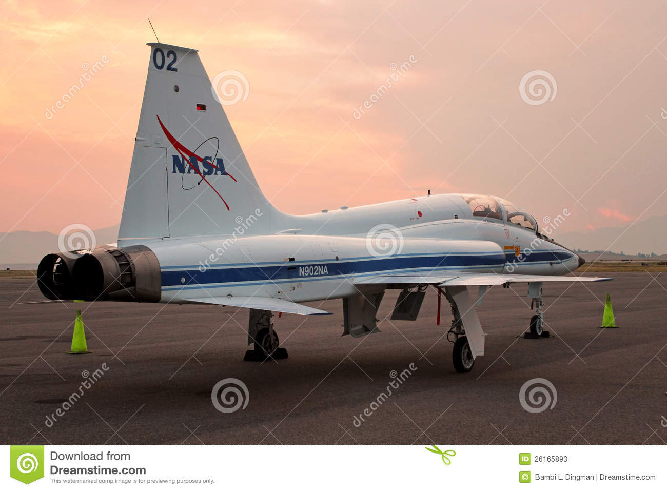 T-38 Talon NASA - Astronaut Jet Trainer Editorial Stock ...
