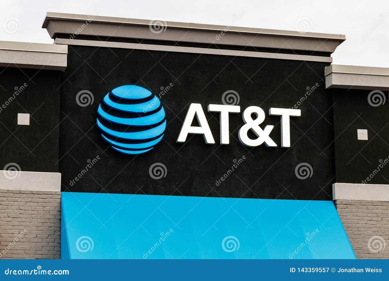 AT&T handlu detalicznego telefon komórkowy i ruchliwość sklep AT&T zawijał w górę swój połączenia z WarnerMedia i teraz kontroluj