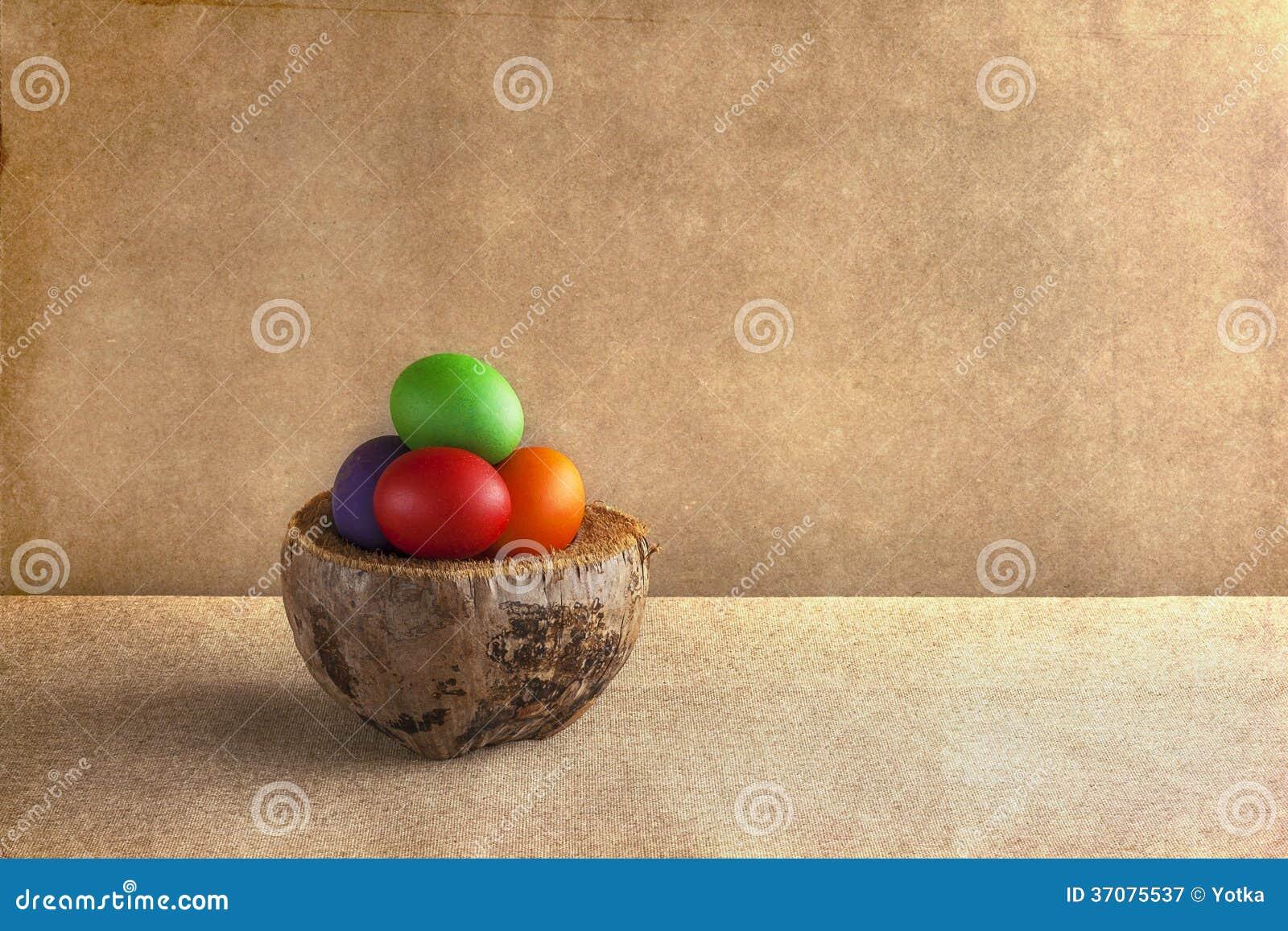 Download Tło Kolorowi Wielkanocni Jajka Koszykowi Obraz Stock - Obraz złożonej z easter, stary: 37075537
